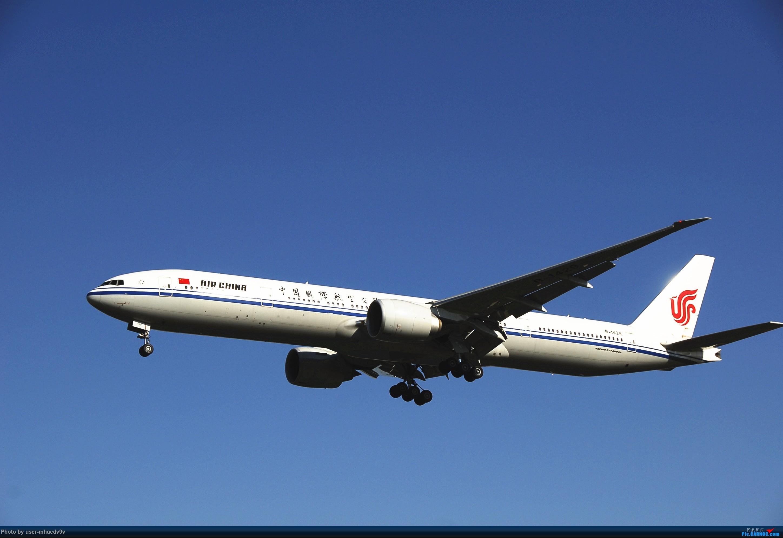 Re:[原创]十一难得北京妖天,萌新ZBAA拍机一组干货,大佬勿喷,马上月考更要放飞自我。。。 BOEING 777-300ER B-1429 中国北京首都国际机场