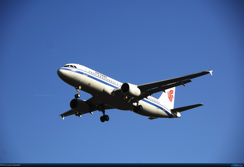 Re:[原创]十一难得北京妖天,萌新ZBAA拍机一组干货,大佬勿喷,马上月考更要放飞自我。。。 AIRBUS A320-200 B-6828 中国北京首都国际机场