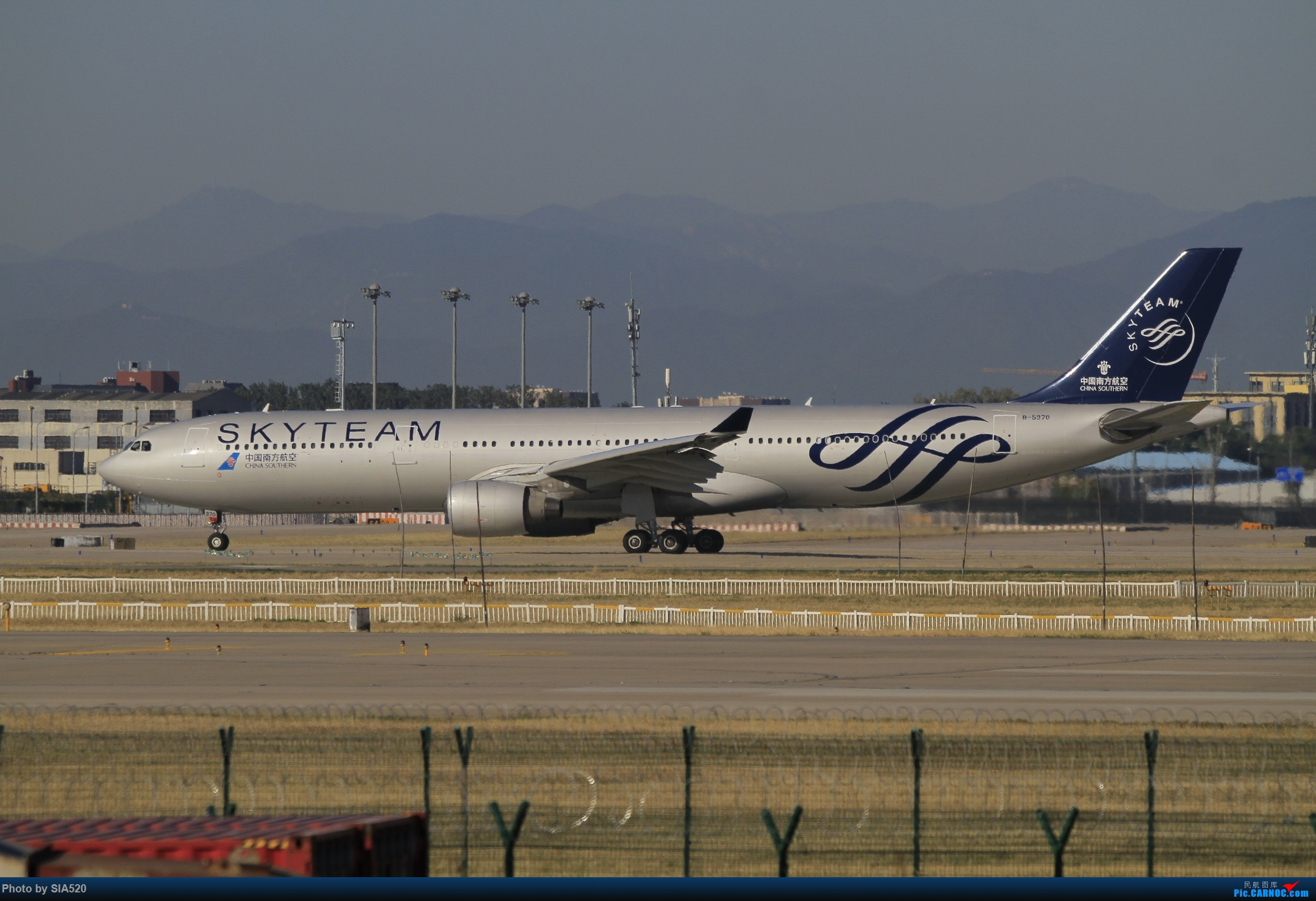 Re:[原创]10-1首都机场随拍,帝都蓝加好看的那一些…… AIRBUS A330-300 B-5970 中国北京首都国际机场