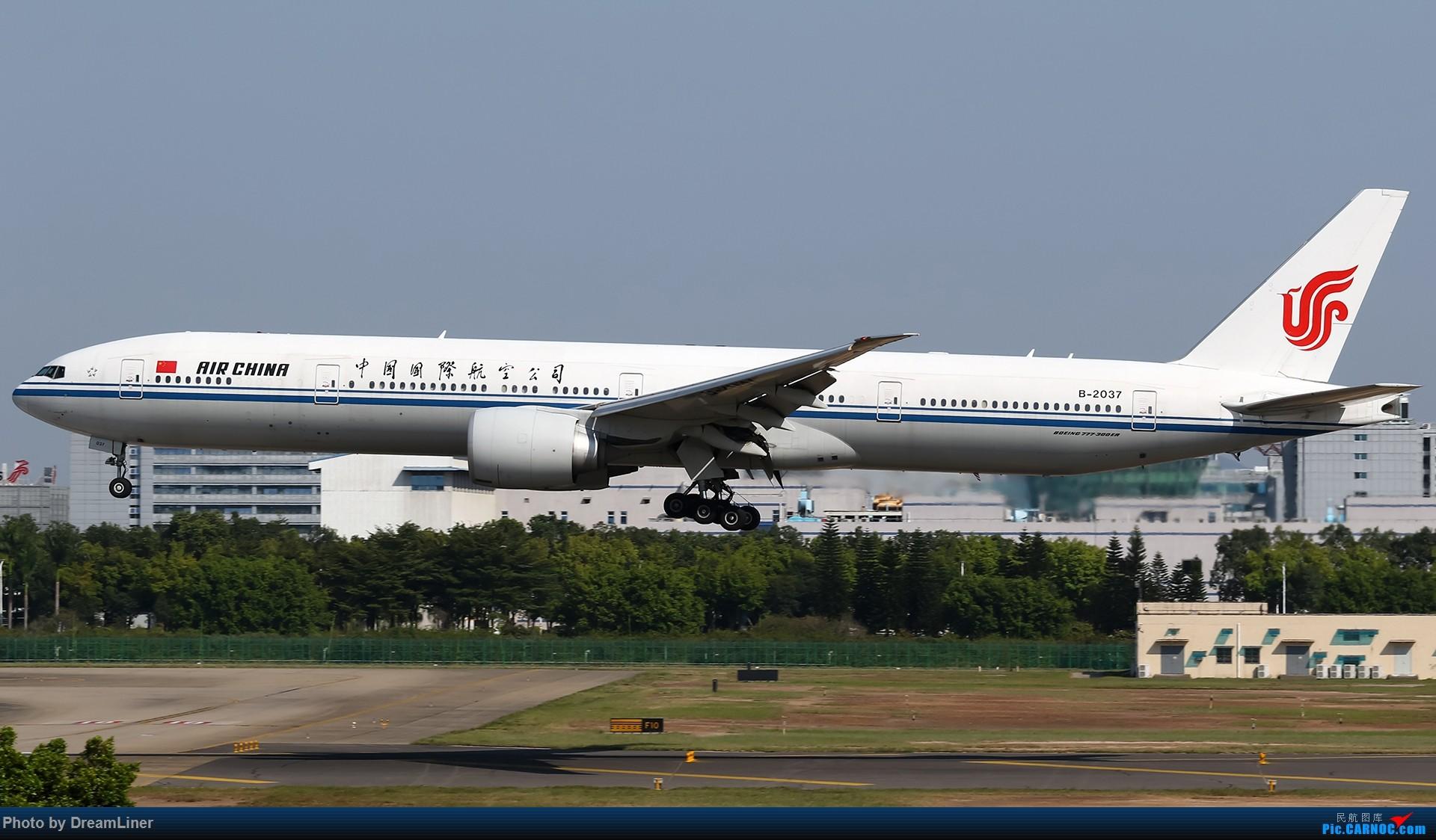 Re:[原创]【CAN】一组宽体 BOEING 777-300ER B-2037 中国广州白云国际机场