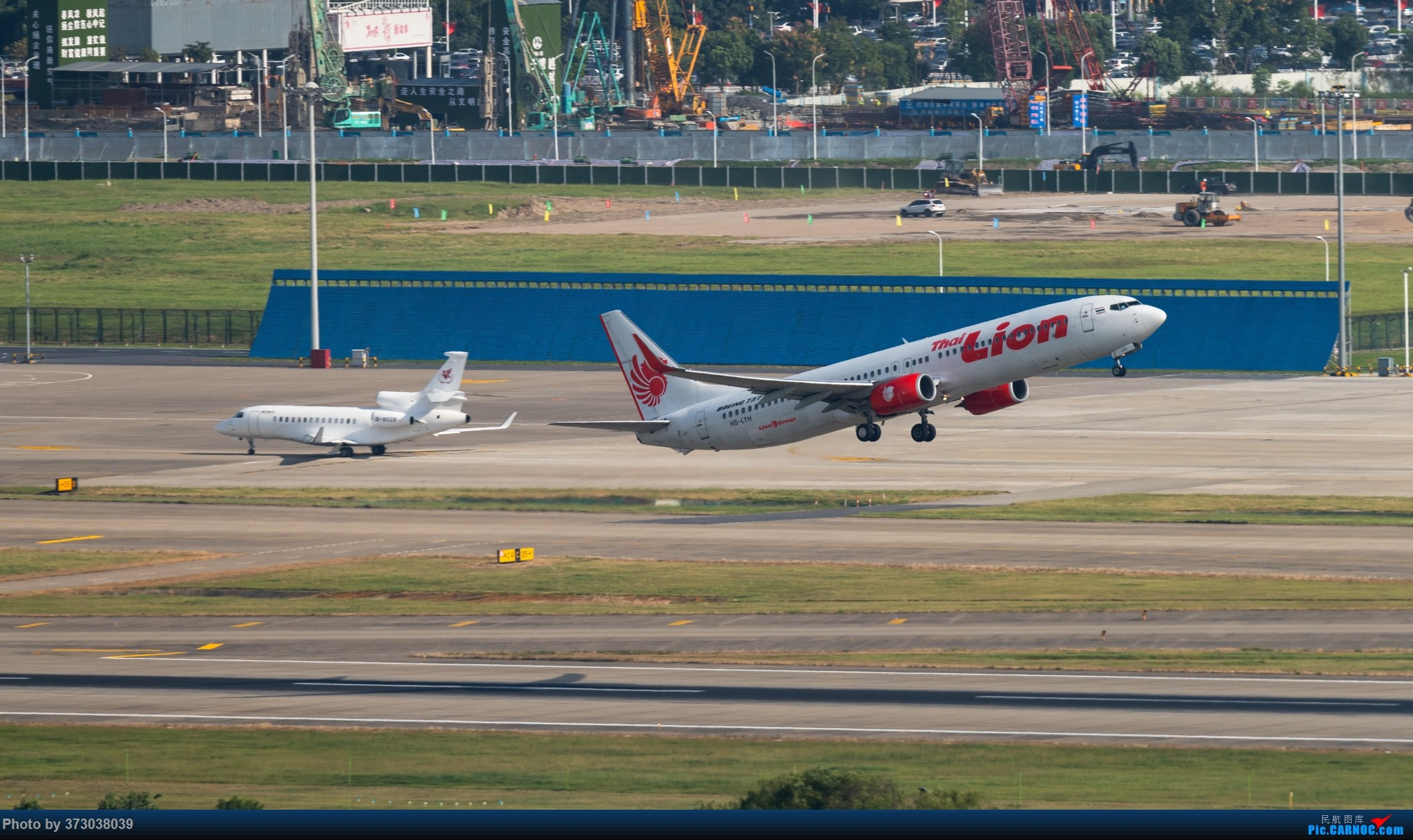 Re:[原创]山顶动人,杭州萧山国际机场 红山观光视角 BOEING 737-900ER HS-LTH 中国杭州萧山国际机场