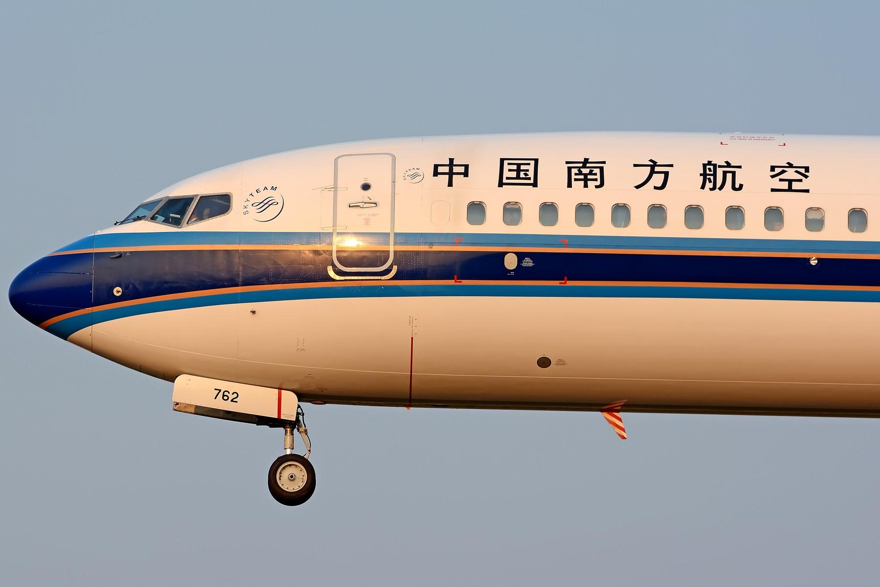 Re:[原创]【多图党】试镜200-500大头比较多 BOEING 737-800 B-5762 中国合肥新桥国际机场