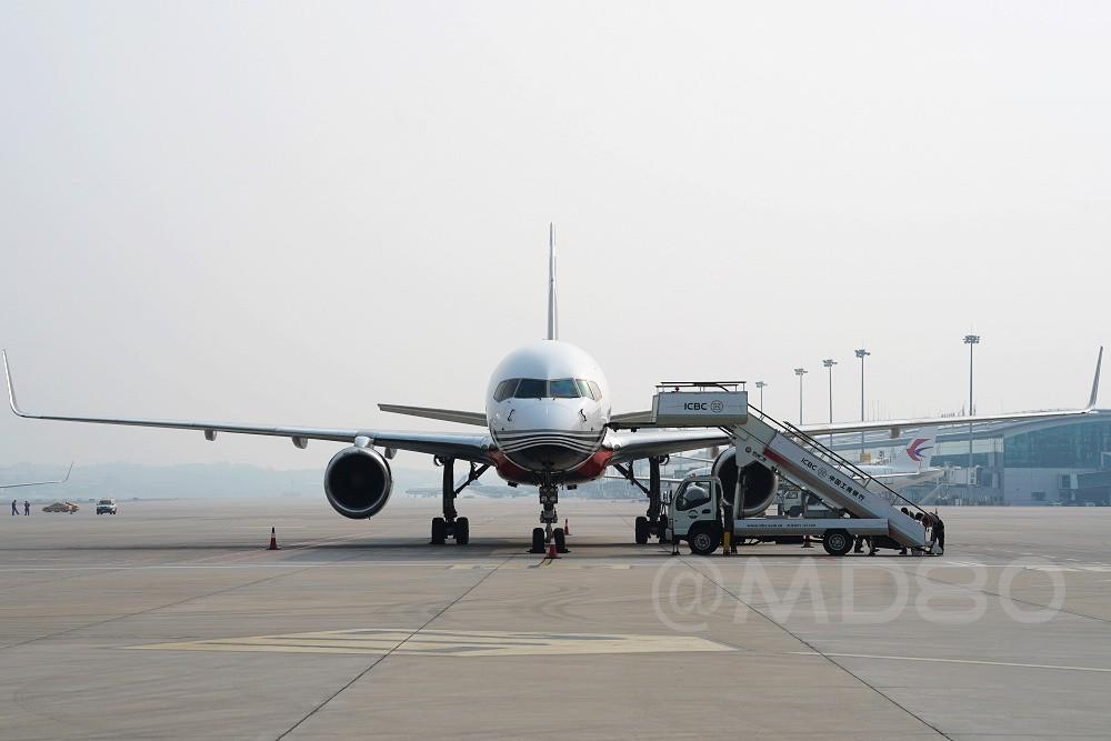 [原创][DLC内场]带小翼的757 BOEING 757-200 B-1145 中国大连国际机场