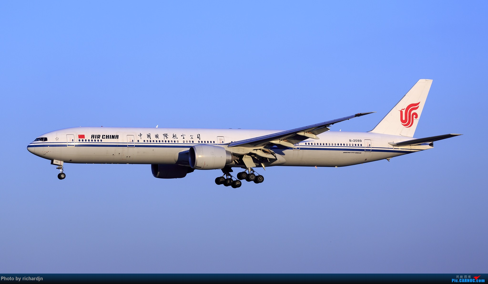 Re:[原创]2018年10月1日ZBAA撸机 BOEING 777-300ER B-2089 中国北京首都国际机场
