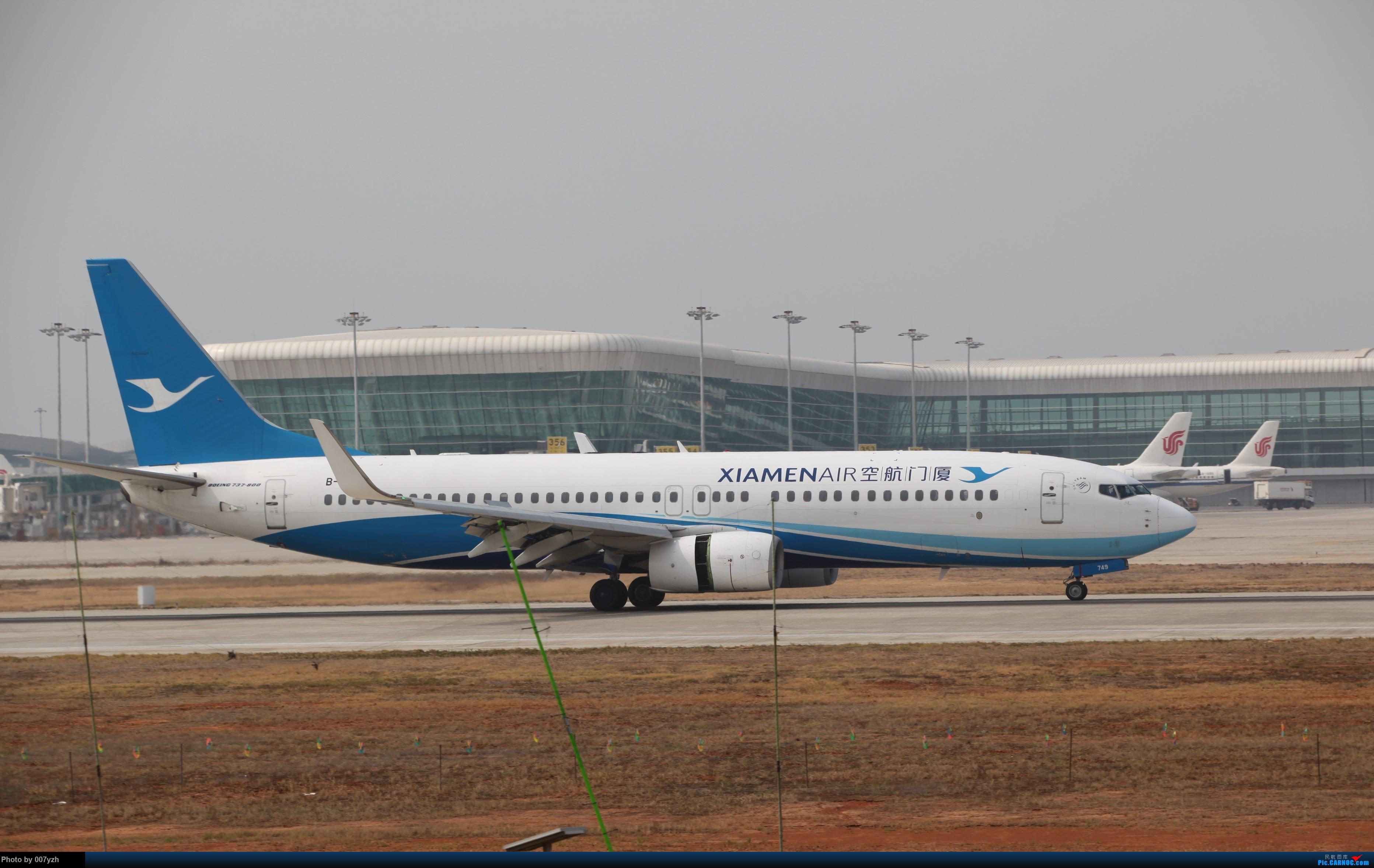 Re:[原创]WUH小拍,终于找到了在WUH拍机的组织 BOEING 737-800 B-1749 中国武汉天河国际机场