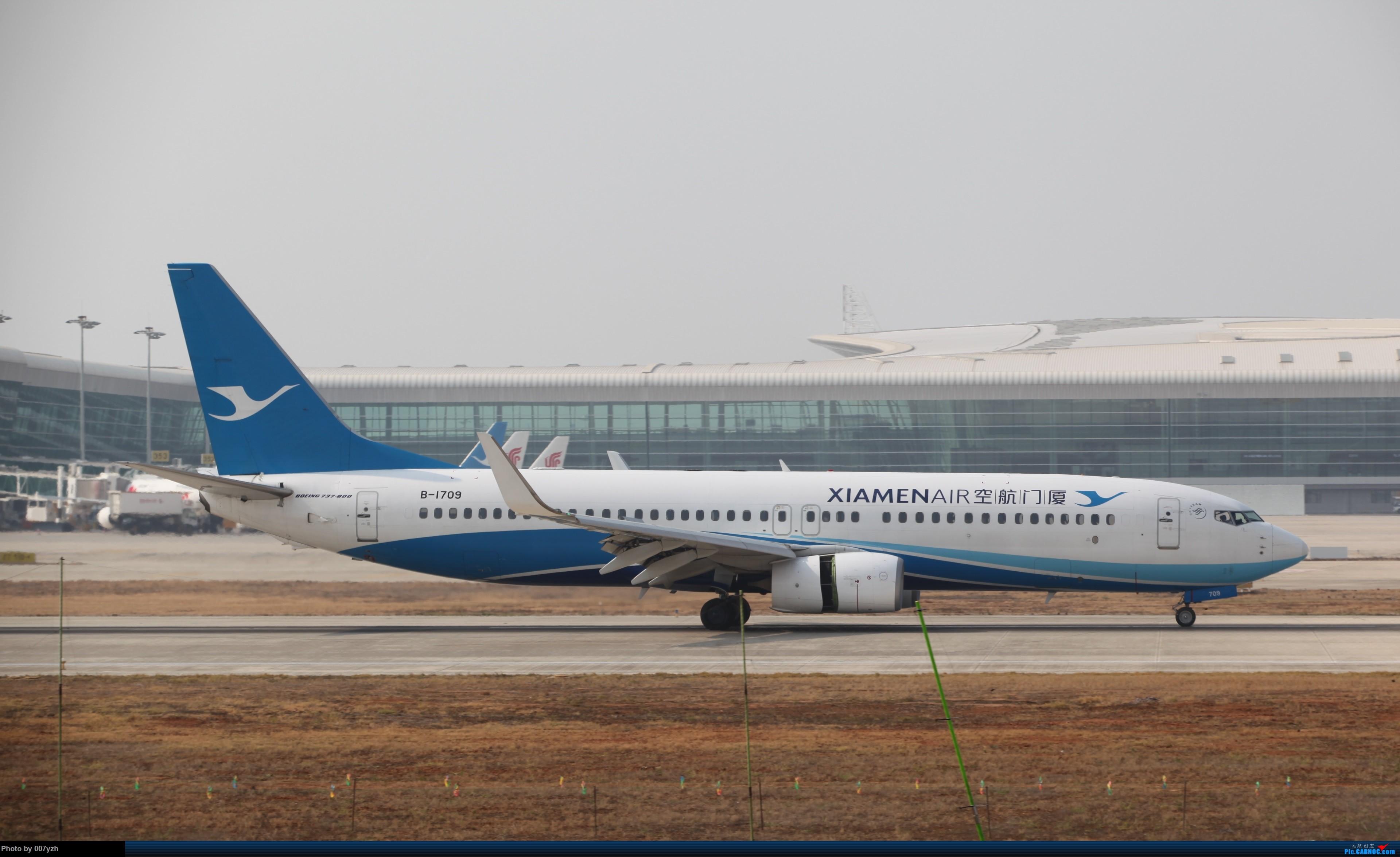Re:[原创]WUH小拍,终于找到了在WUH拍机的组织 BOEING 737-800 B-1709 中国武汉天河国际机场