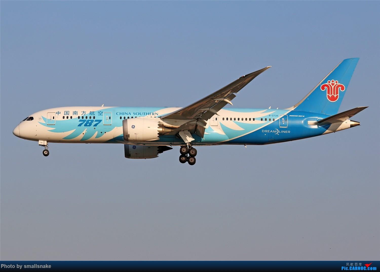 Re:[原创]国庆期间,CAN的那些宽体们... BOEING 787-8 B-2726 广州白云国际机场