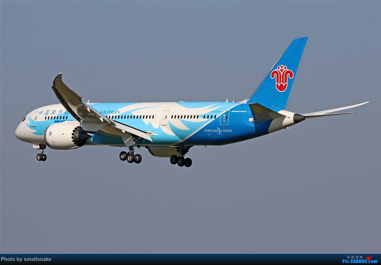 Re:[原创]国庆期间,CAN的那些宽体们... BOEING 787-8 B-2735 广州白云国际机场