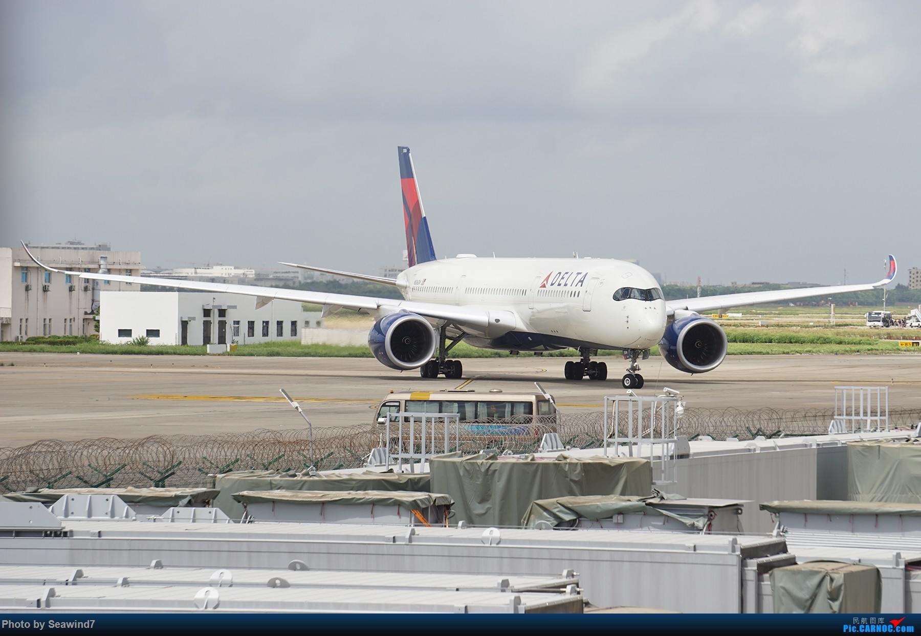 Re:[原创]浦东拍机记 AIRBUS A350-900 N506DN 中国上海浦东国际机场