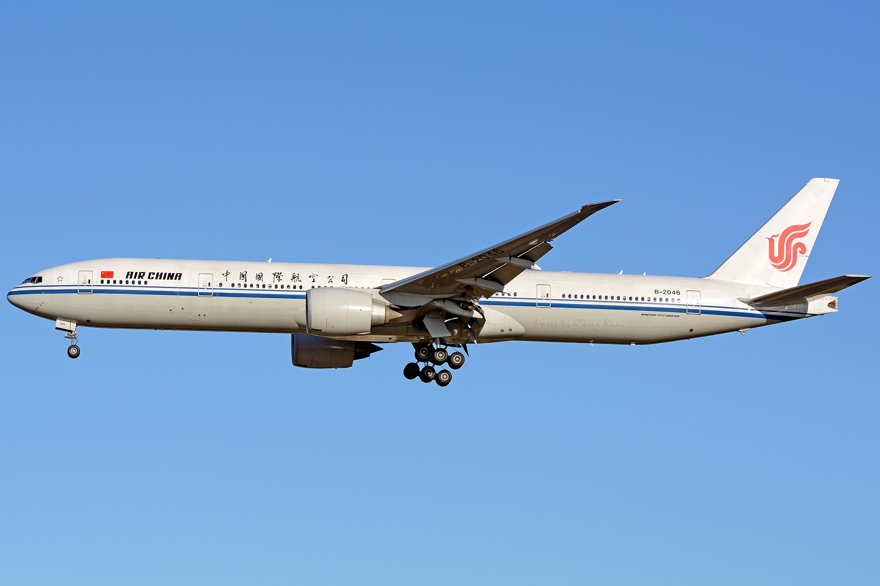 Re:[原创]【多图党】PEK落地一组国航系【2】 BOEING 777-300ER B-2046 中国北京首都国际机场