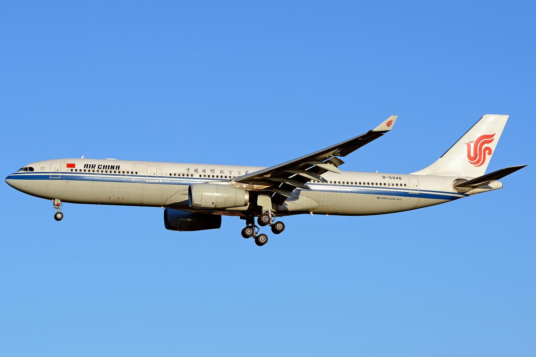 Re:[原创]【多图党】PEK落地一组国航系【2】 AIRBUS A330-300 B-5948 中国北京首都国际机场