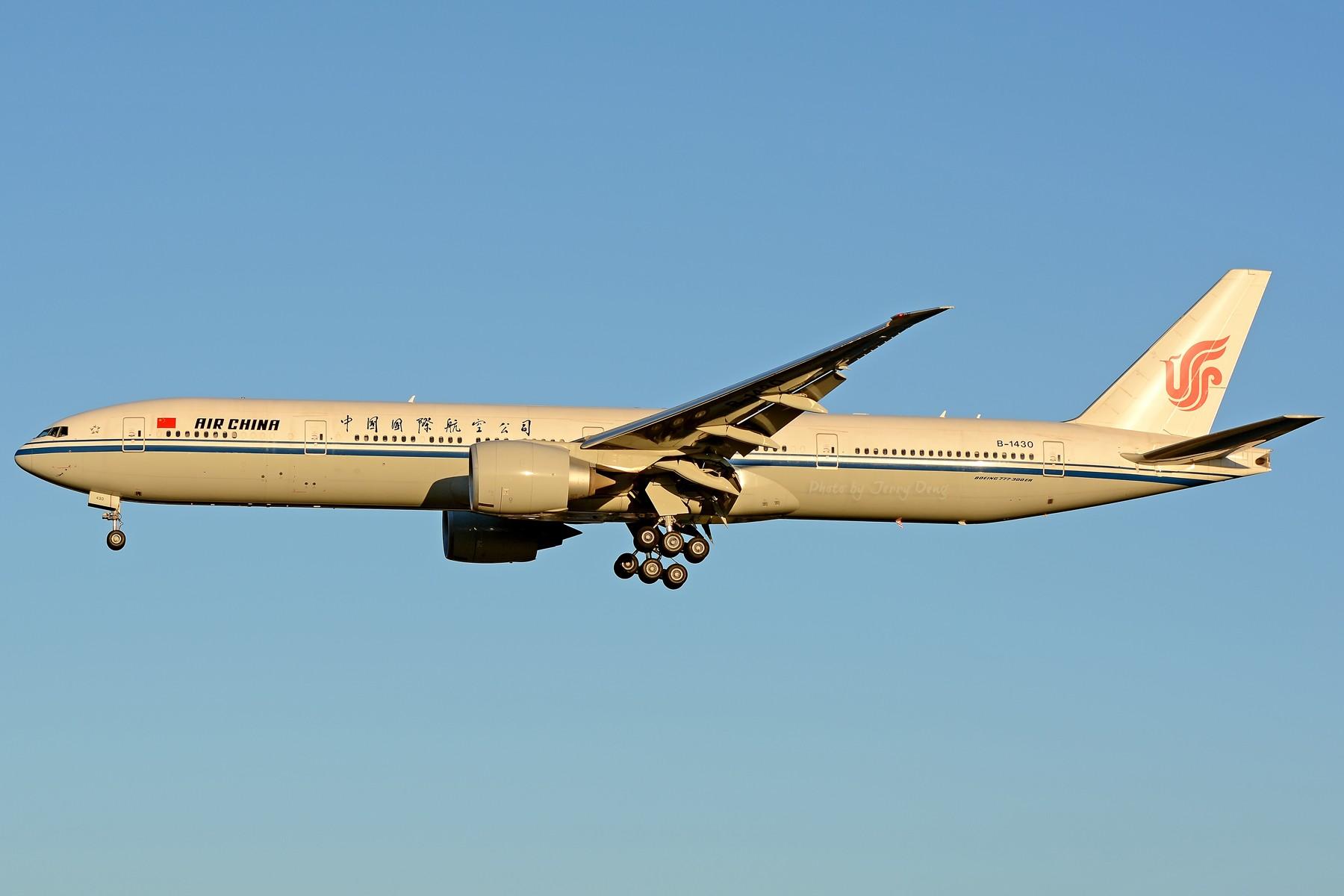 Re:[原创]【多图党】PEK落地一组国航系【2】 BOEING 777-300ER B-1430 中国北京首都国际机场