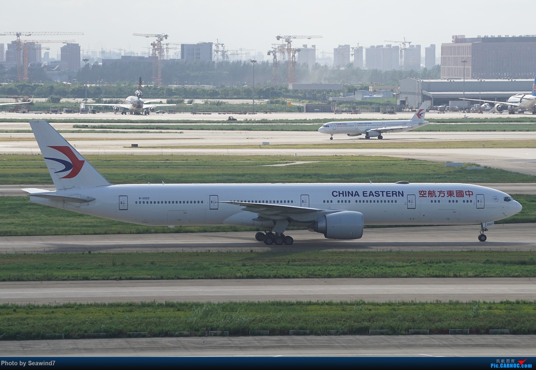 Re:浦东拍机记 BOEING 777-300ER B-2023 中国上海浦东国际机场