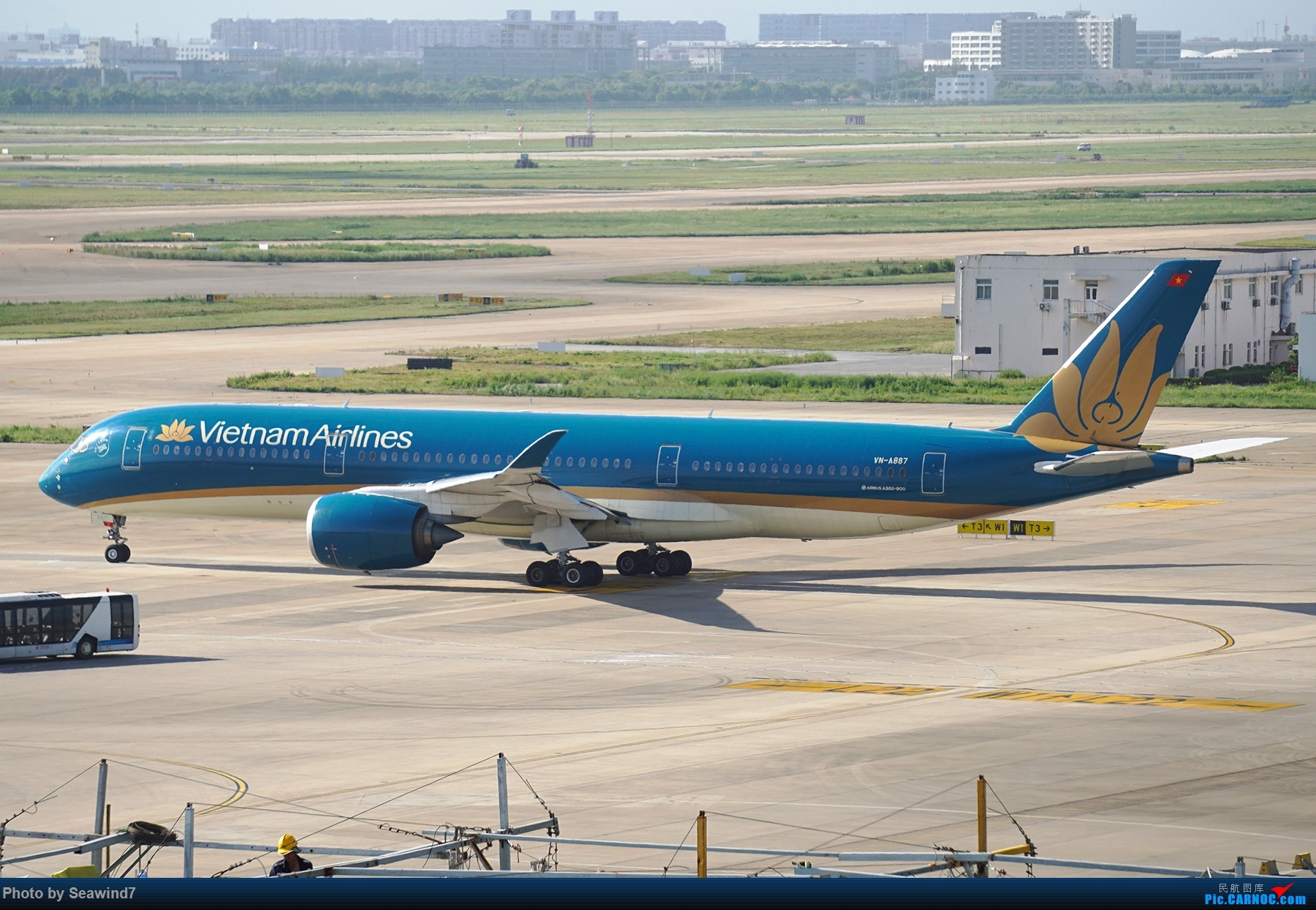 Re:[原创]浦东拍机记 AIRBUS A350-900 VN-A887 中国上海浦东国际机场