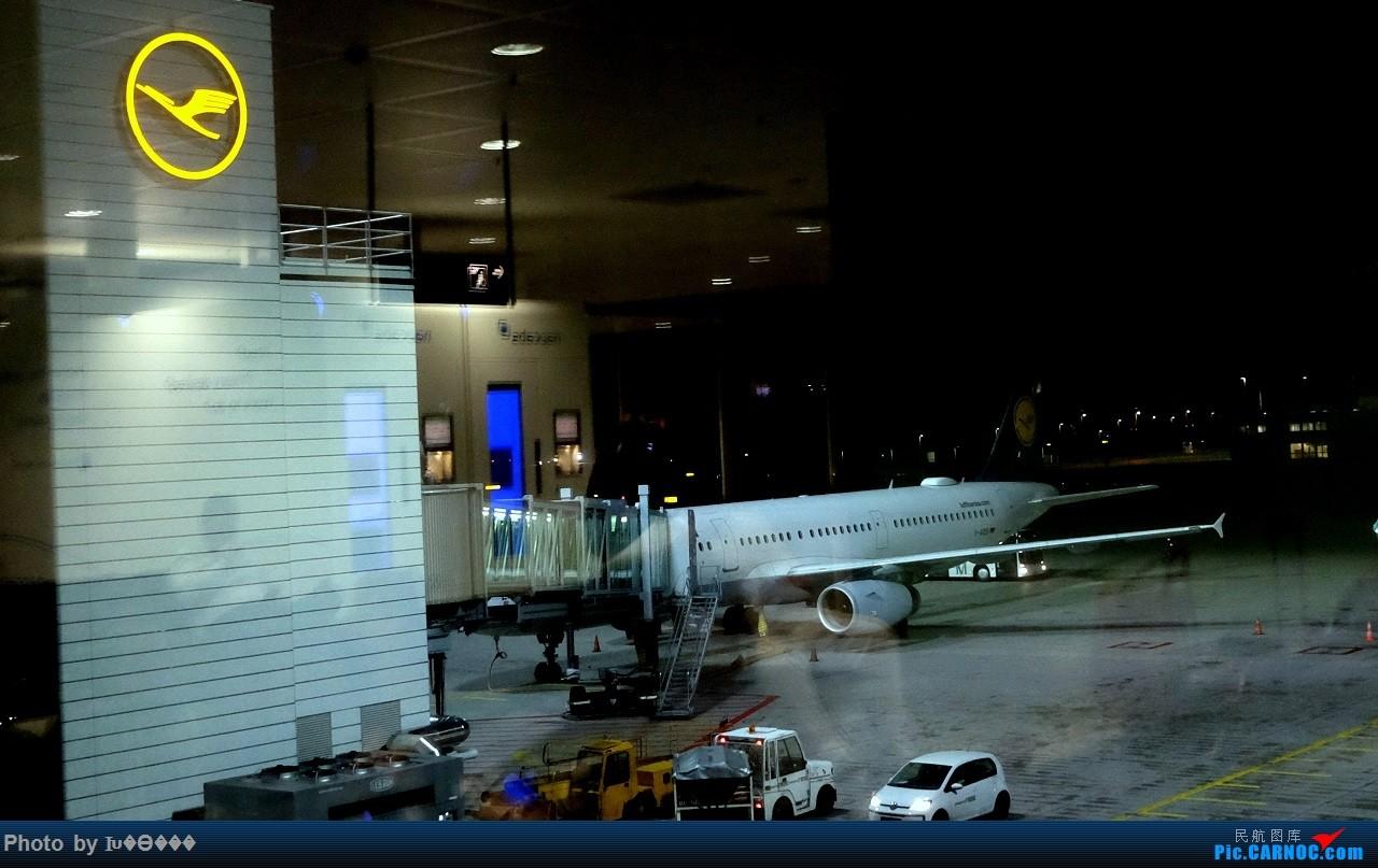 Re:[原创]德意志与法兰西深秋历史之旅——国航、汉莎、蓝鹰'伴我行。 AIRBUS A321  德国慕尼黑机场