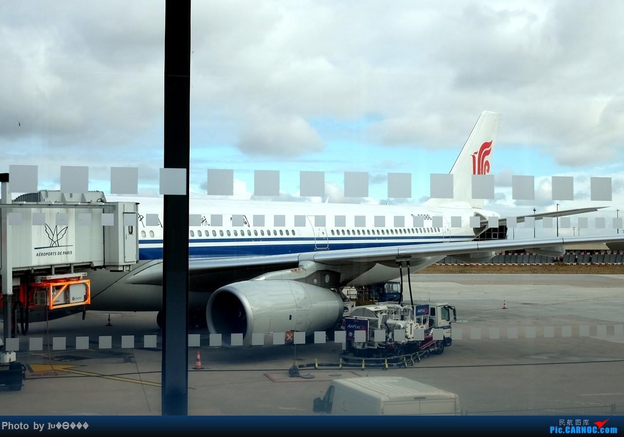 Re:[原创]德意志与法兰西深秋历史之旅——国航、汉莎、蓝鹰'伴我行。    法国戴高乐机场