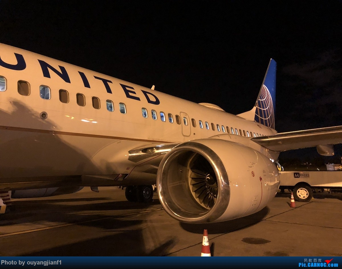 又是好久没来坛子了,发几篇2018年的飞行游记纪念一下吧....第一篇,环球飞行之旅:北京-纽瓦克-波哥大-麦德林-巴拿马城-墨西哥城-法兰克福-北京 BOEING 737-700 N24729 哥伦比亚波哥大埃尔多拉多国际机场