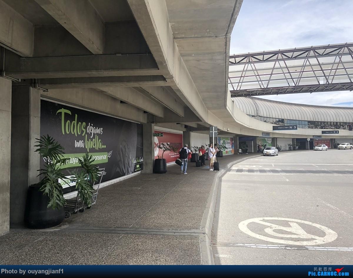 又是好久没来坛子了,发几篇2018年的飞行游记纪念一下吧....第一篇,环球飞行之旅:北京-纽瓦克-波哥大-麦德林-巴拿马城-墨西哥城-法兰克福-北京    哥伦比亚麦德林何塞·玛丽亚·科尔多瓦机场