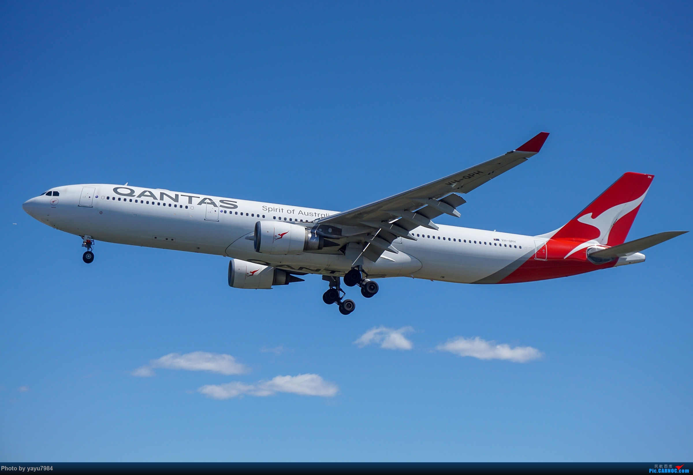 Re:[原创][SYD] 东航天合332,雪绒花343,华航蓝鹊,以及其他日常货 AIRBUS A330-300 VH-QPH 澳大利亚悉尼金斯福德·史密斯机场