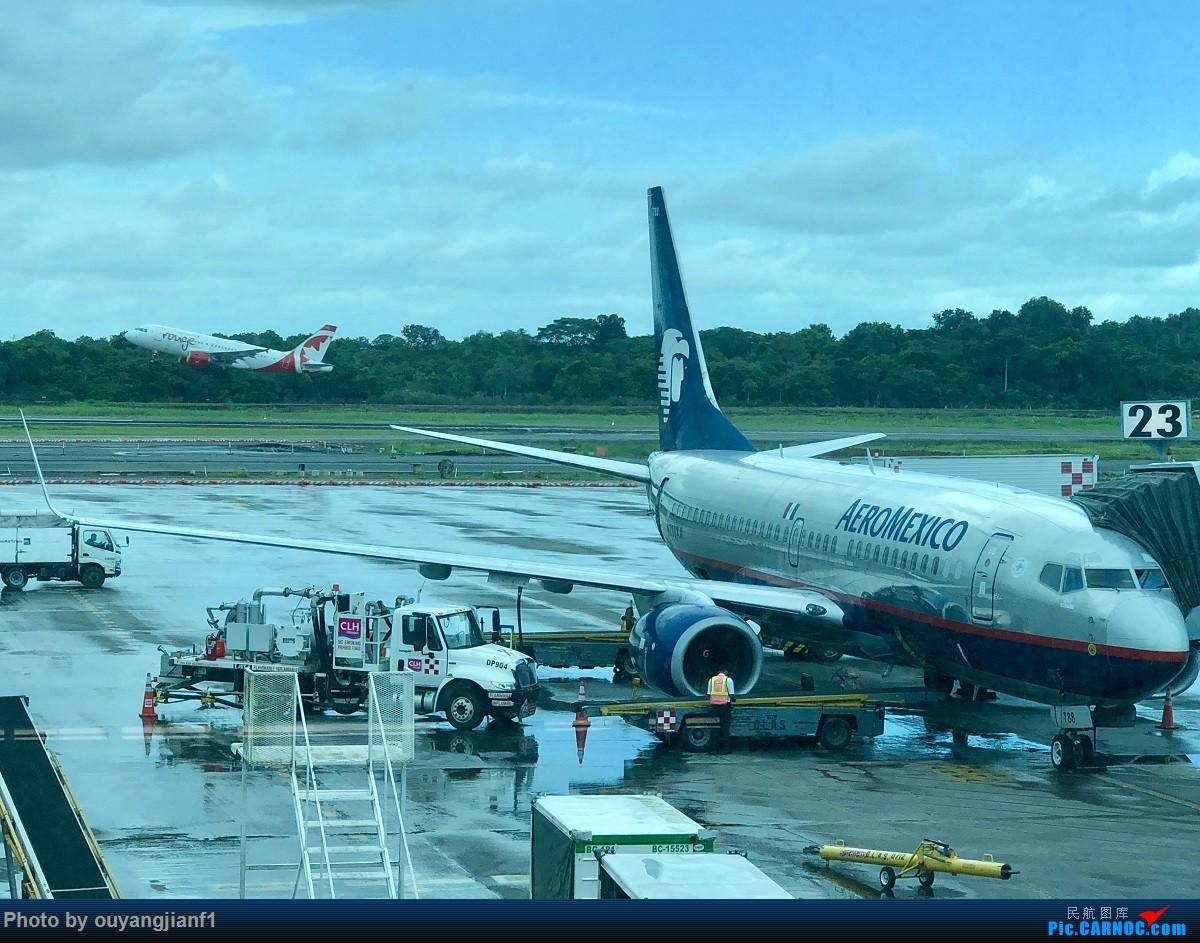 又是好久没来坛子了,发几篇2018年的飞行游记纪念一下吧....第一篇,环球飞行之旅:北京-纽瓦克-波哥大-麦德林-巴拿马城-墨西哥城-法兰克福-北京 BOEING 737-700 N788XA 巴拿马巴拿马城托库门国际机场
