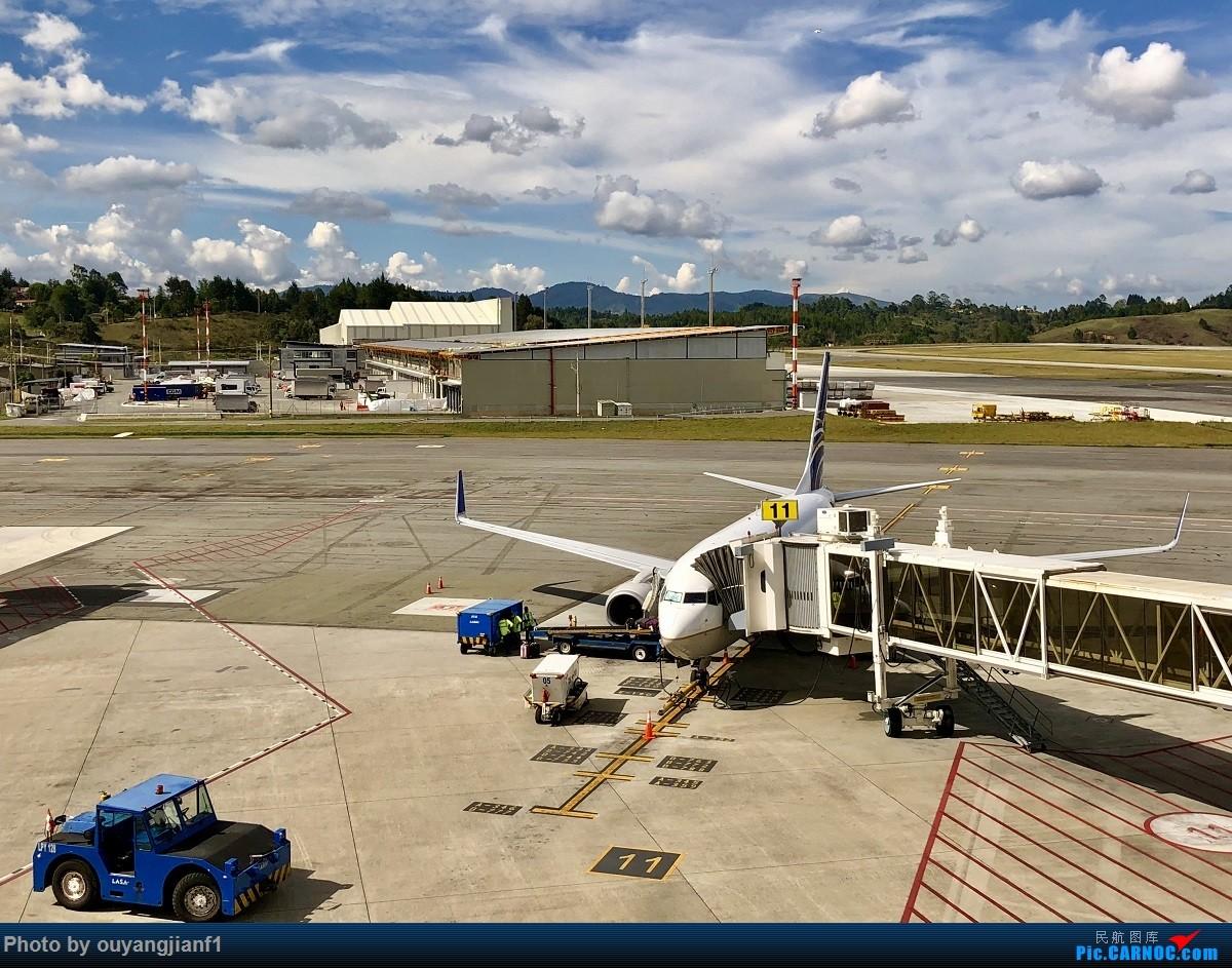 又是好久没来坛子了,发几篇2018年的飞行游记纪念一下吧....第一篇,环球飞行之旅:北京-纽瓦克-波哥大-麦德林-巴拿马城-墨西哥城-法兰克福-北京 BOEING 737-700 HP1372CMP 哥伦比亚麦德林何塞·玛丽亚·科尔多瓦机场