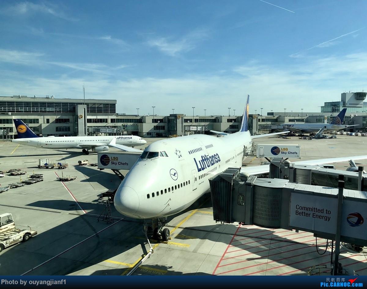 又是好久没来坛子了,发几篇2018年的飞行游记纪念一下吧....第一篇,环球飞行之旅:北京-纽瓦克-波哥大-麦德林-巴拿马城-墨西哥城-法兰克福-北京    德国法兰克福机场