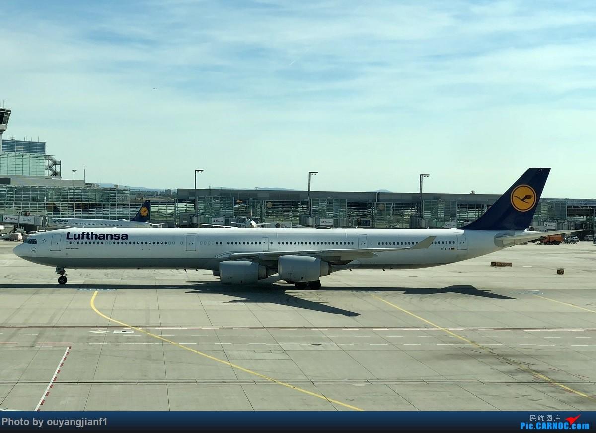 又是好久没来坛子了,发几篇2018年的飞行游记纪念一下吧....第一篇,环球飞行之旅:北京-纽瓦克-波哥大-麦德林-巴拿马城-墨西哥城-法兰克福-北京 AIRBUS A340-600 D-AIHY 德国法兰克福机场