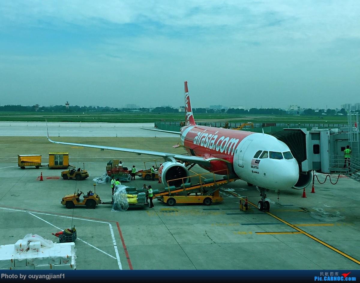 又是好久没来坛子了,发几篇2018年的飞行游记纪念一下吧...第二篇:北京-胡志明市-吉隆坡-雅加达-北京的东南亚之旅 AIRBUS A320-200 9M-AGV 越南胡志明市新山一国际机场