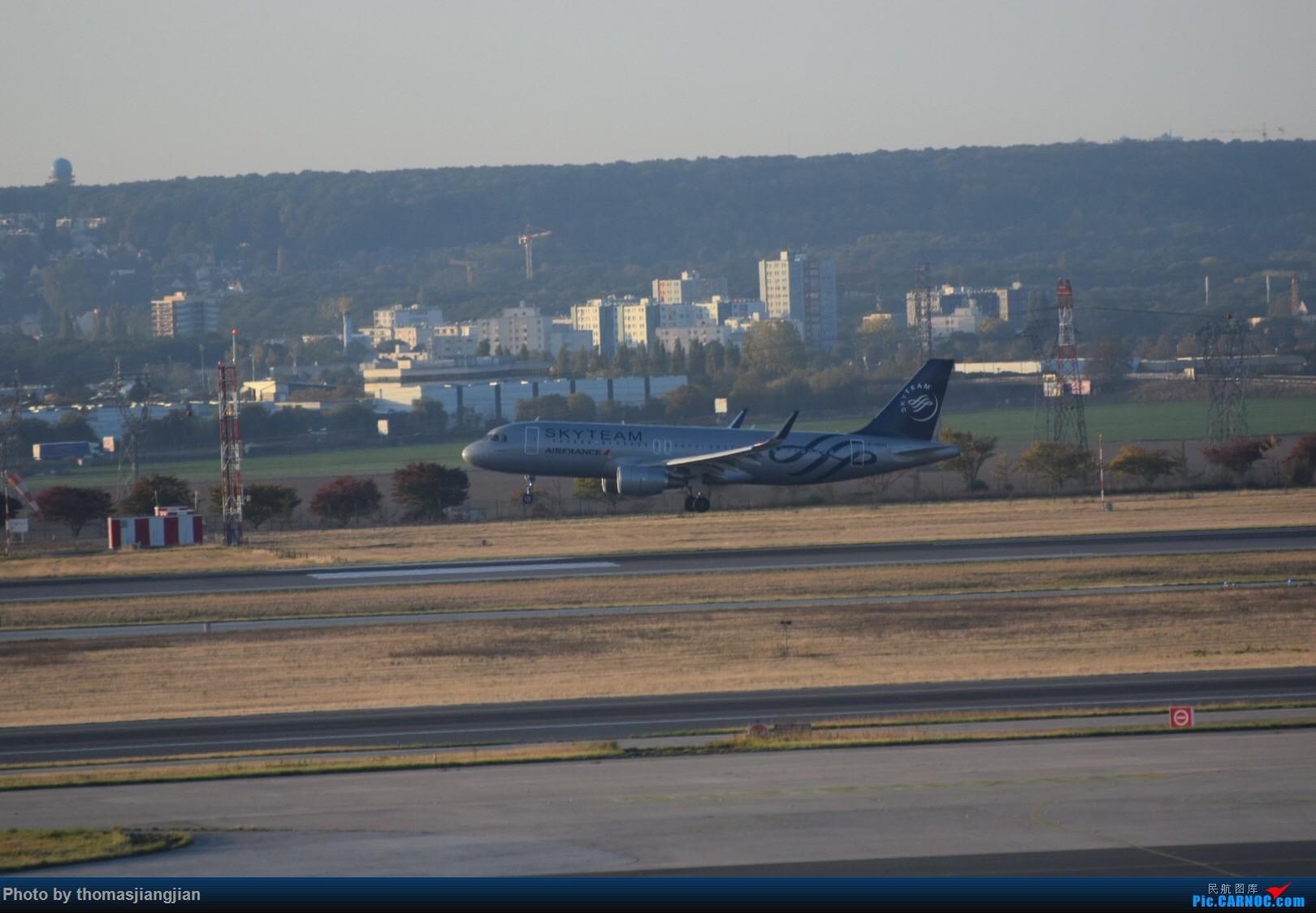 Re:[原创]巴黎戴高乐机场喜来登拍机 AIRBUS A320