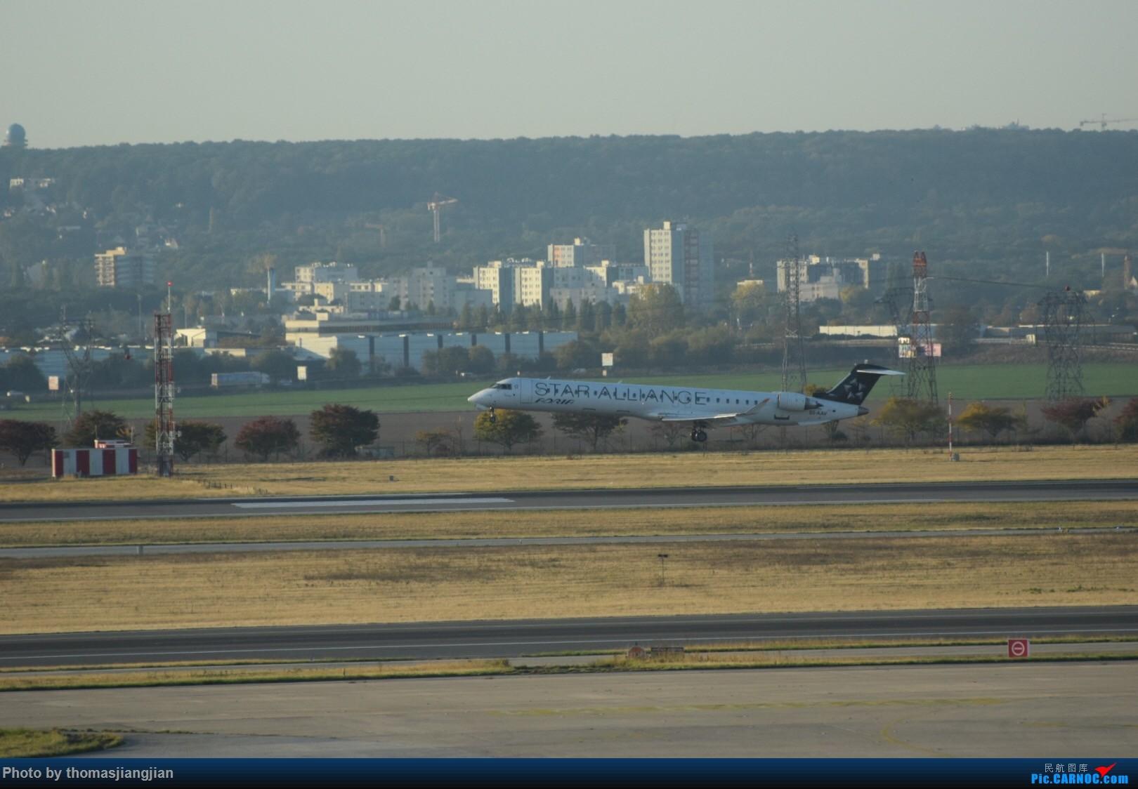 Re:[原创]巴黎戴高乐机场喜来登拍机 BOMBARDIER CRJ-900