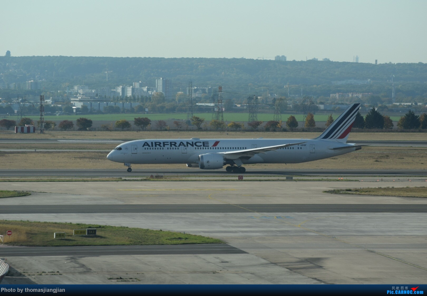 Re:[原创]巴黎戴高乐机场喜来登拍机 BOEING 787