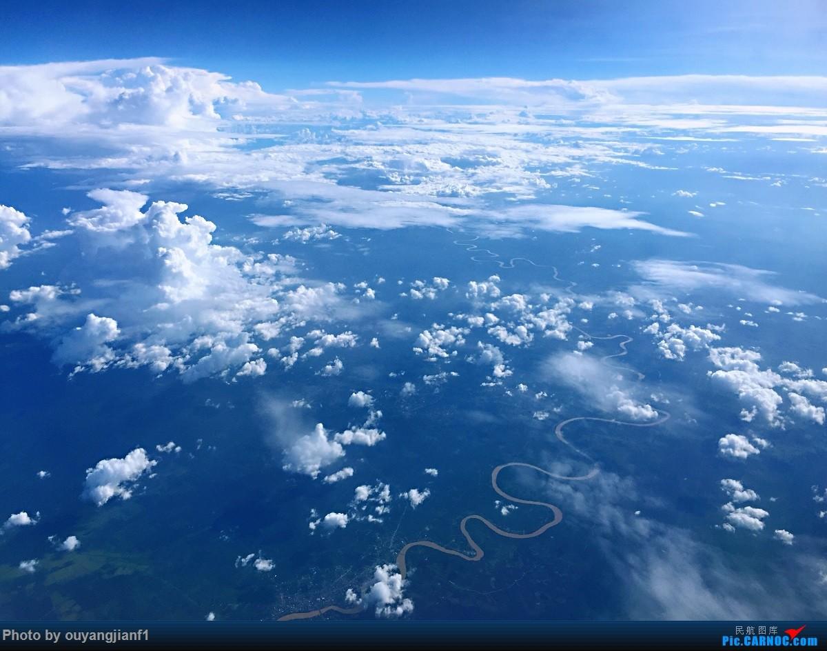 又是好久没来坛子了,发几篇2018年的飞行游记纪念一下吧...第二篇:北京-胡志明市-吉隆坡-雅加达-北京的东南亚之旅