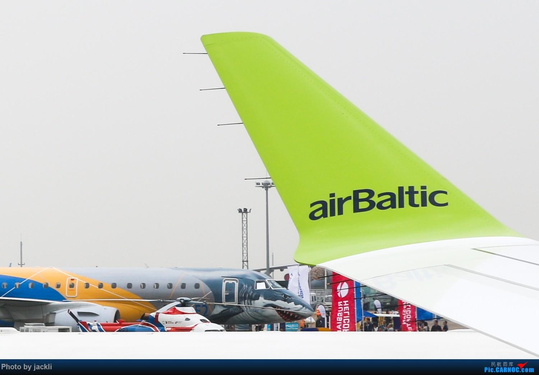 [原创]【JackLi珠海航展】A220与E190-E2初体验~ AIRBUS A220-300 YL-CSK 中国珠海金湾机场
