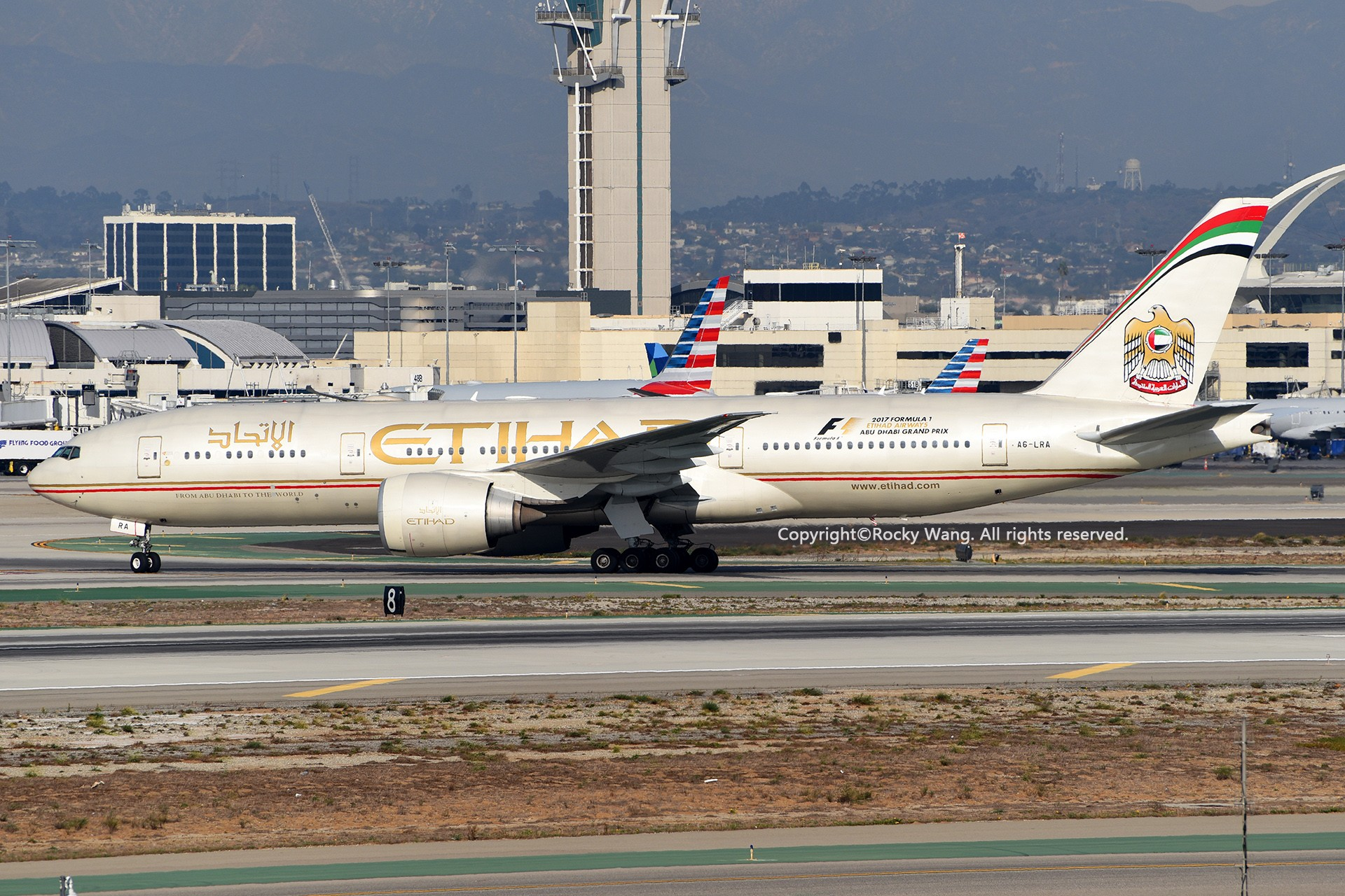 Re:[原创]KLAX 30图 BOEING 777-237LR A6-LRA Los Angeles Int'l Airport