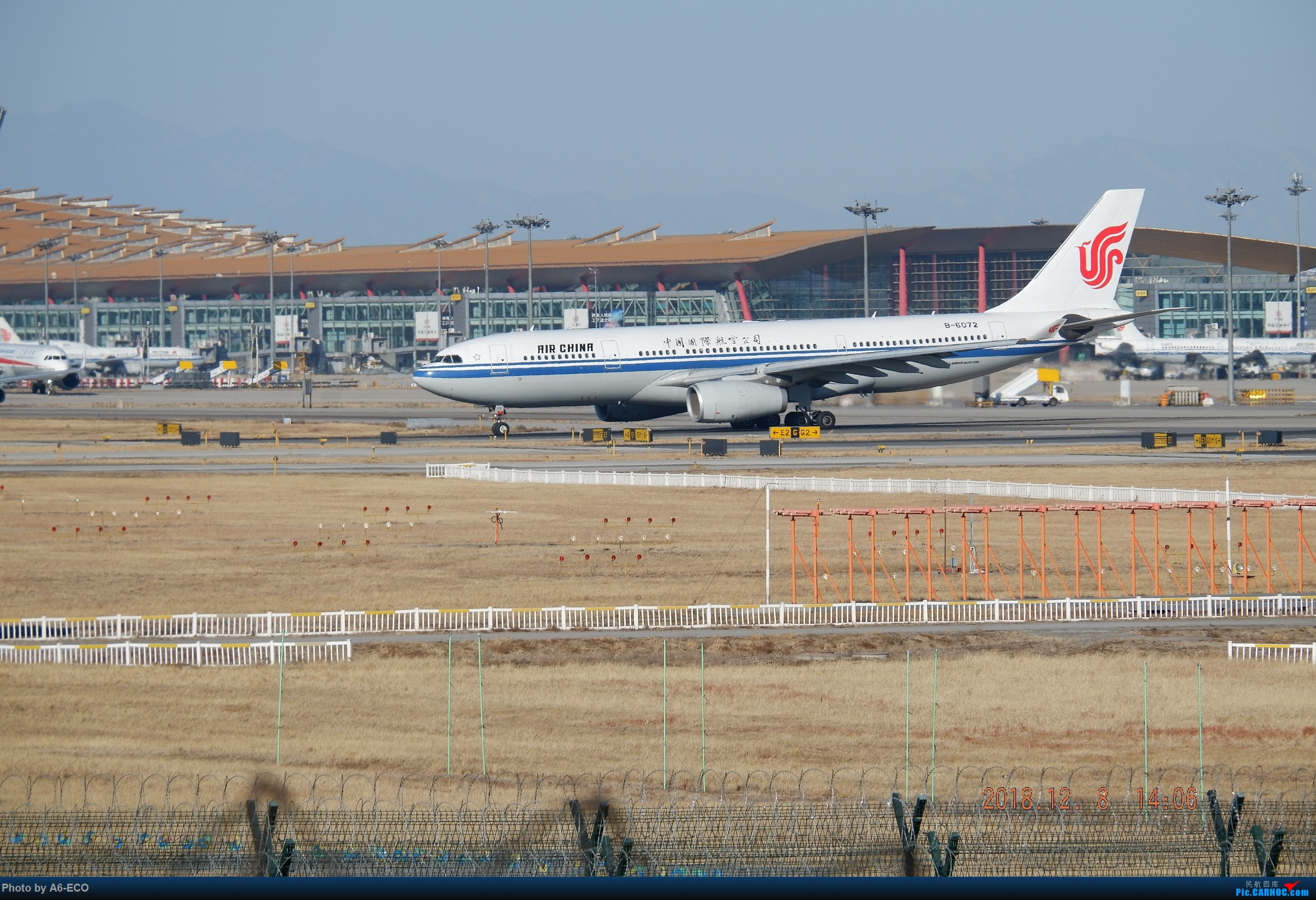 Re:[原创]【Siriの拍机】换镜头,文末有彩蛋! AIRBUS A330-200 B-6072 中国北京首都国际机场