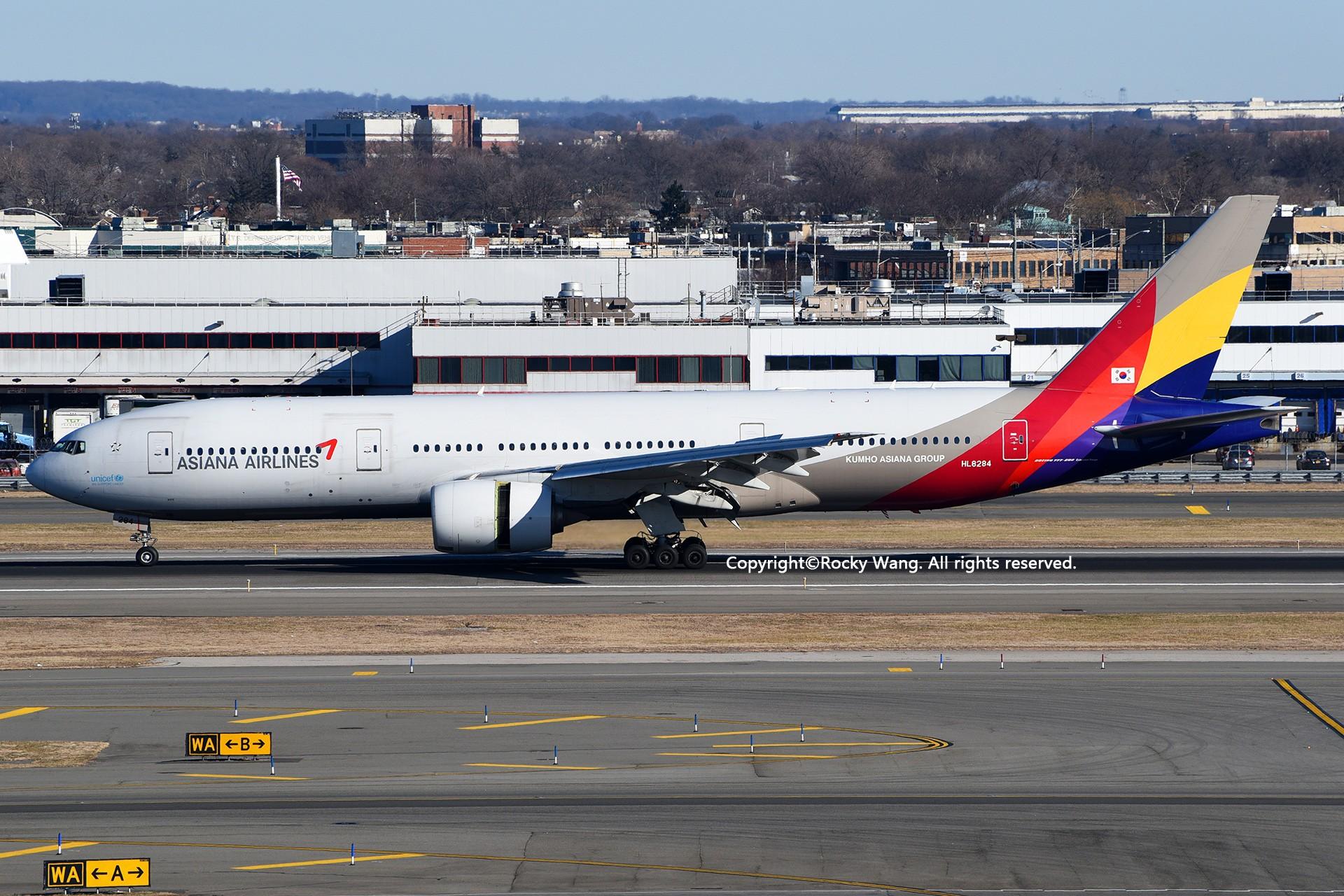 Re:[原创]KJFK 30图 BOEING 777-28E(ER) HL8284 New York John F. Kennedy Int'l Airport