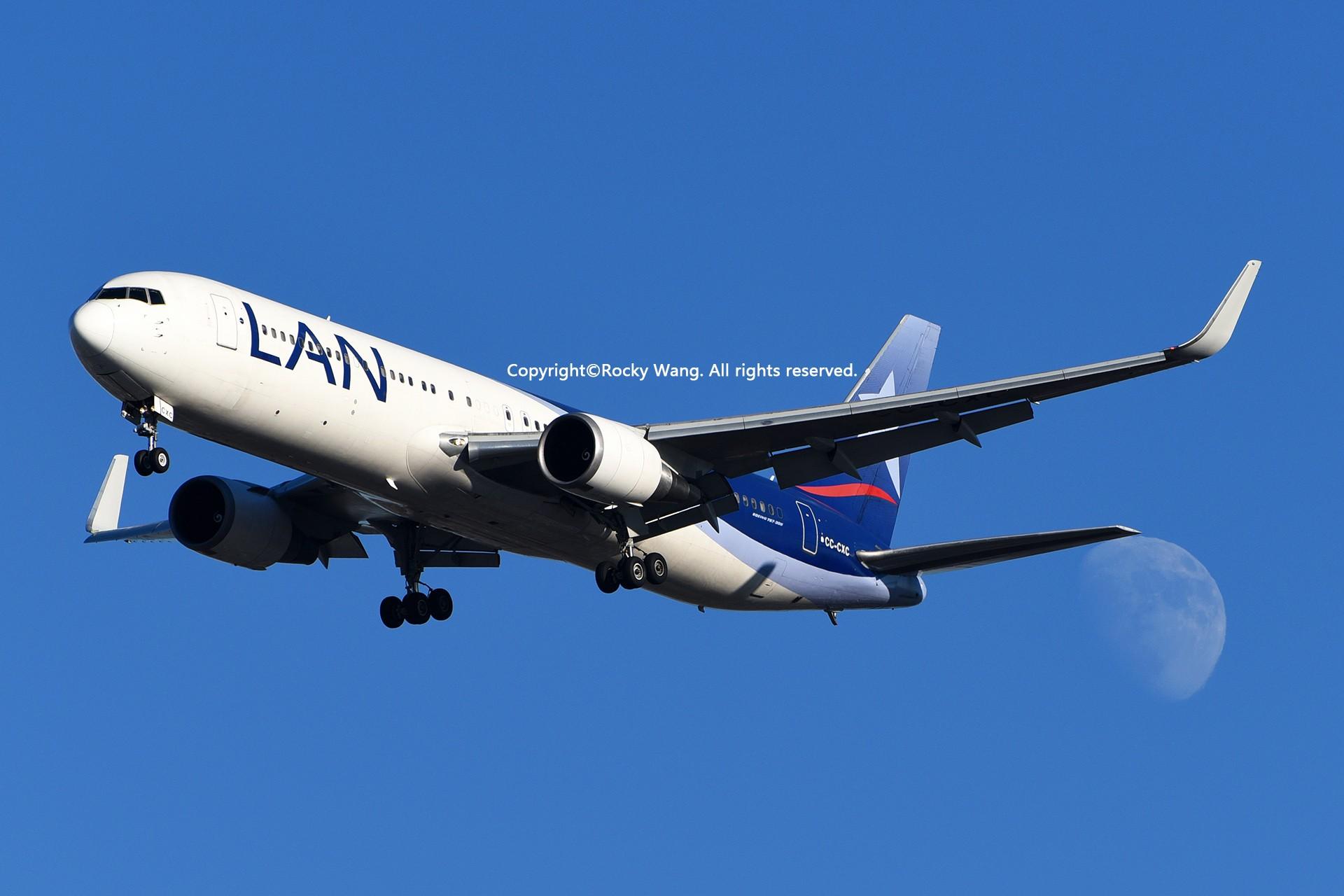 Re:[原创]KJFK 30图 BOEING 767-316(ER) CC-CXC New York John F. Kennedy Int'l Airport