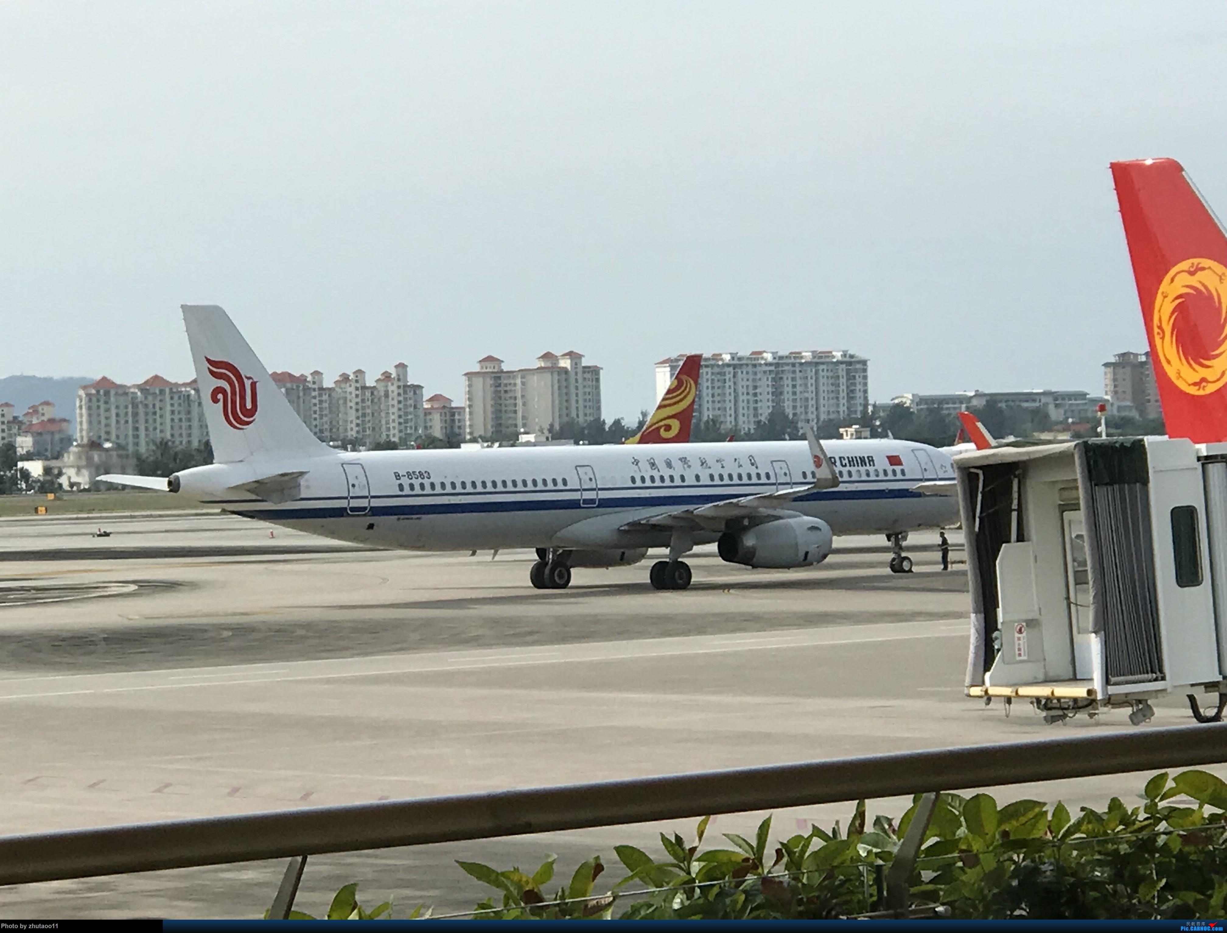 [一图党]国航A321 AIRBUS A321-200 B-8583 中国三亚凤凰国际机场
