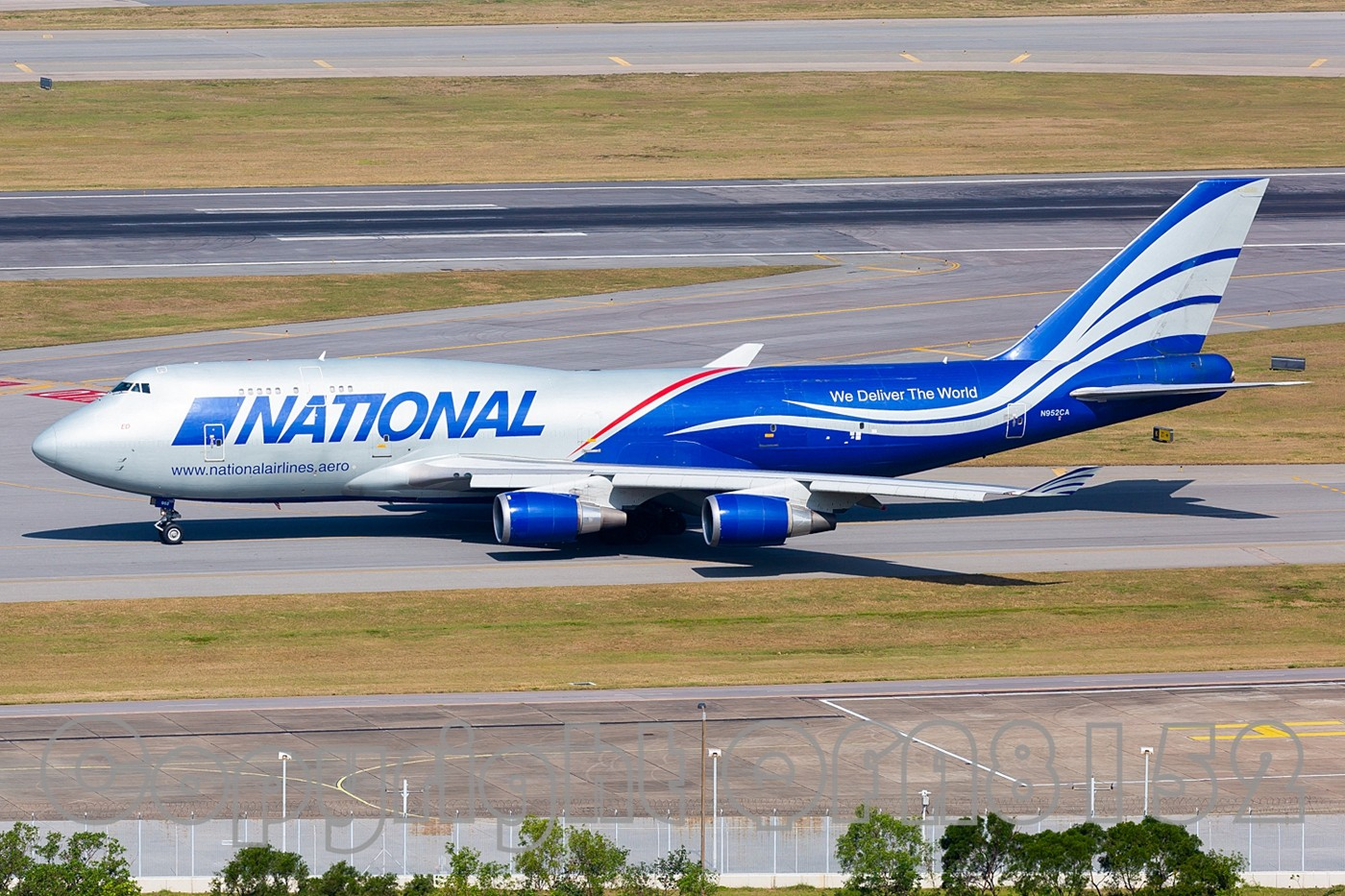 Re:[原创]现在发图好像有钱拿了? BOEING 747-400 N952CA HKG
