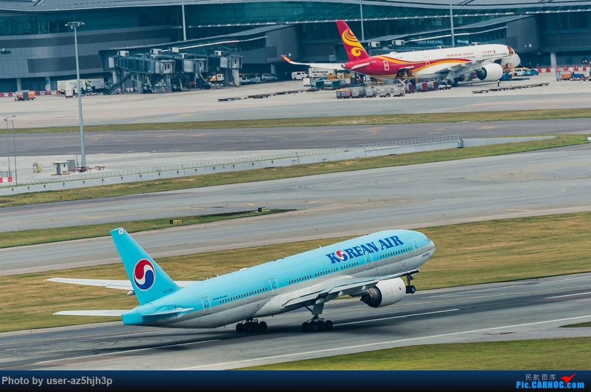 Re:[原创]告别2018 拥抱2019 祝飞友们新年快乐 BOEING 777-200 HL-7766 香港国际机场