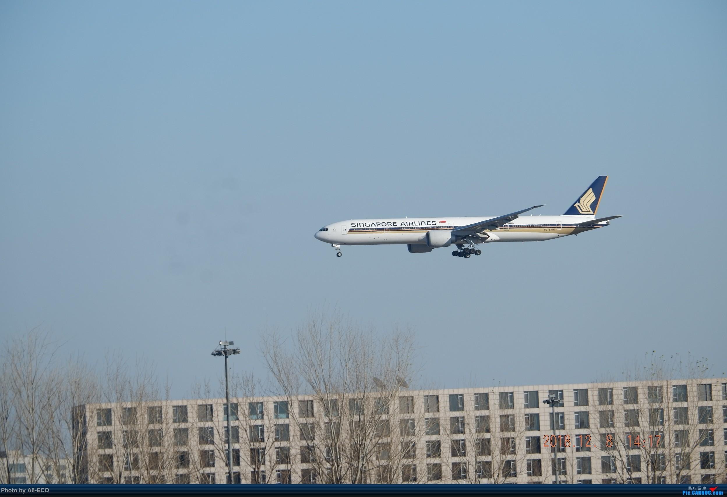 Re:[原创]一百天的努力现在升到777啦,祝贺祝贺自己(看贴者送一架,回贴者送二架) BOEING 777-312(ER) 9V-SWN 中国北京首都国际机场