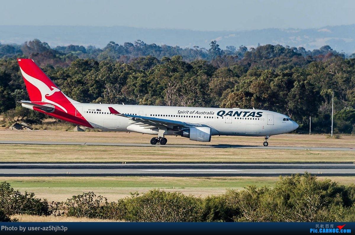 Re:[原创]珀斯国际机场T1航站楼观景台拍机 AIRBUS A330-200 VH-EBK 珀斯国际机场