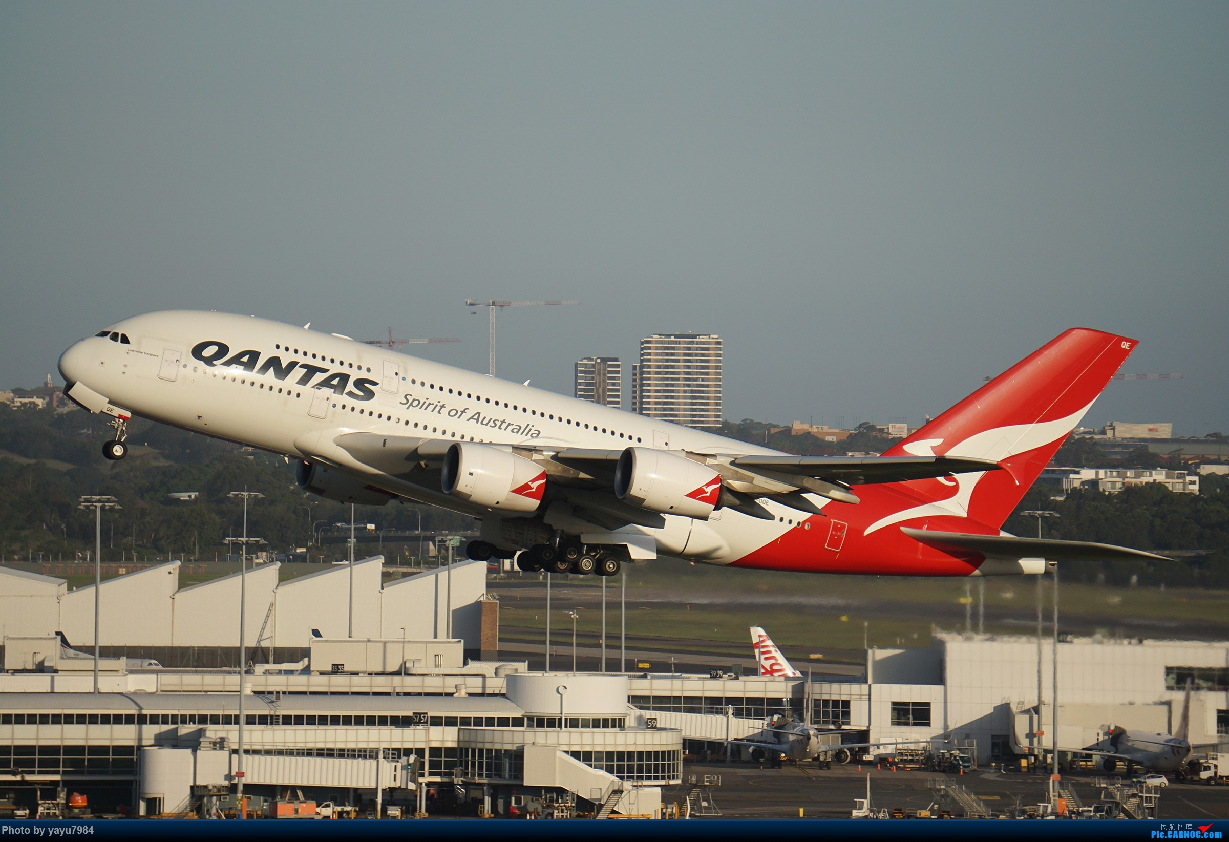 Re:[原创][SYD] 2019首拍,停车楼视角 AIRBUS A380-842 VH-OQE 澳大利亚悉尼金斯福德·史密斯机场