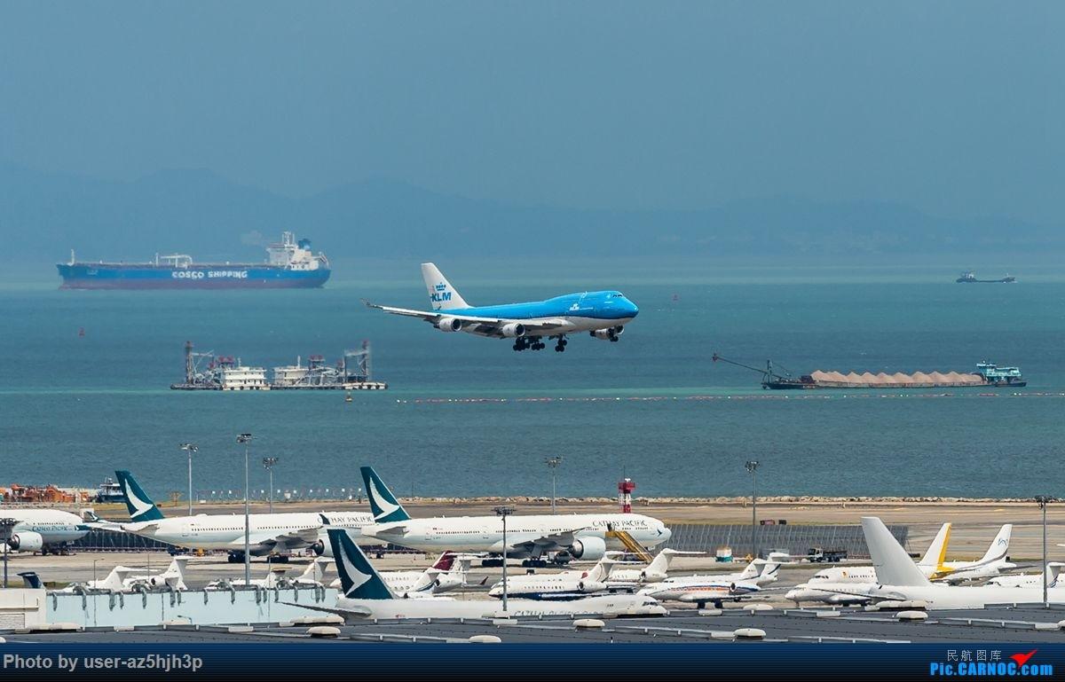 Re:杂片一组 BOEING 747-400  香港国际机场
