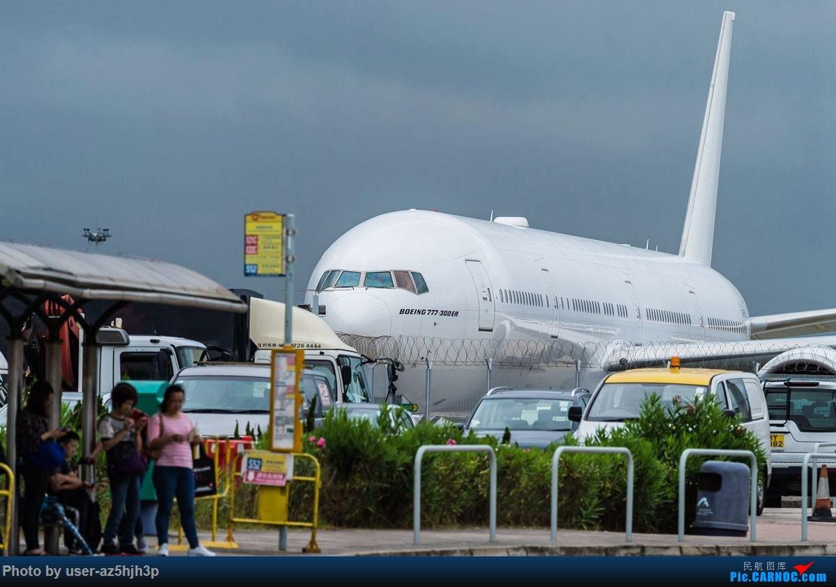 Re:杂片一组 BOEING 777-300ER  香港国际机场