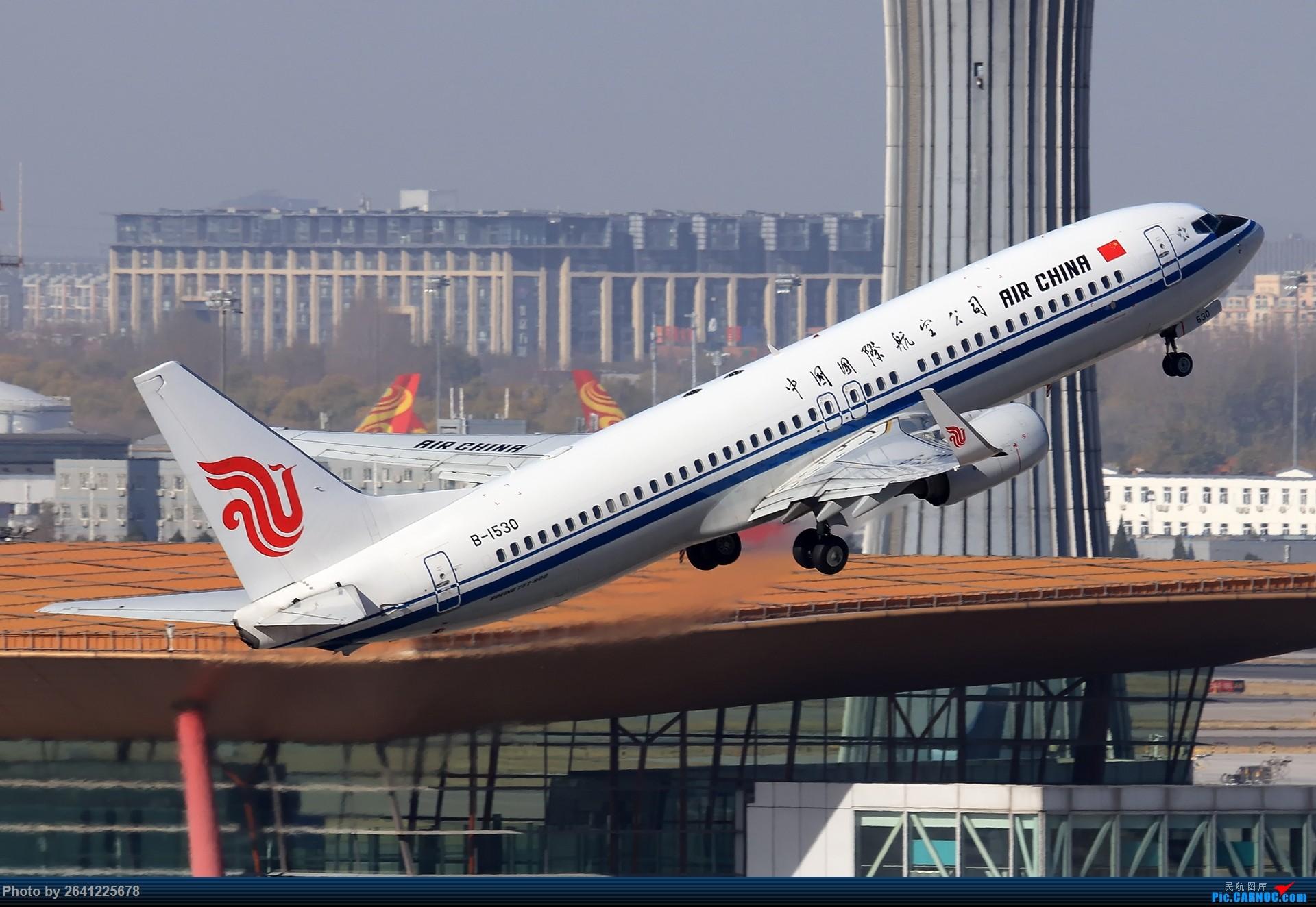 Re:[原创]【ZBAA】好久没发帖,随便来一组 BOEING 737-800 B-1530 中国北京首都国际机场