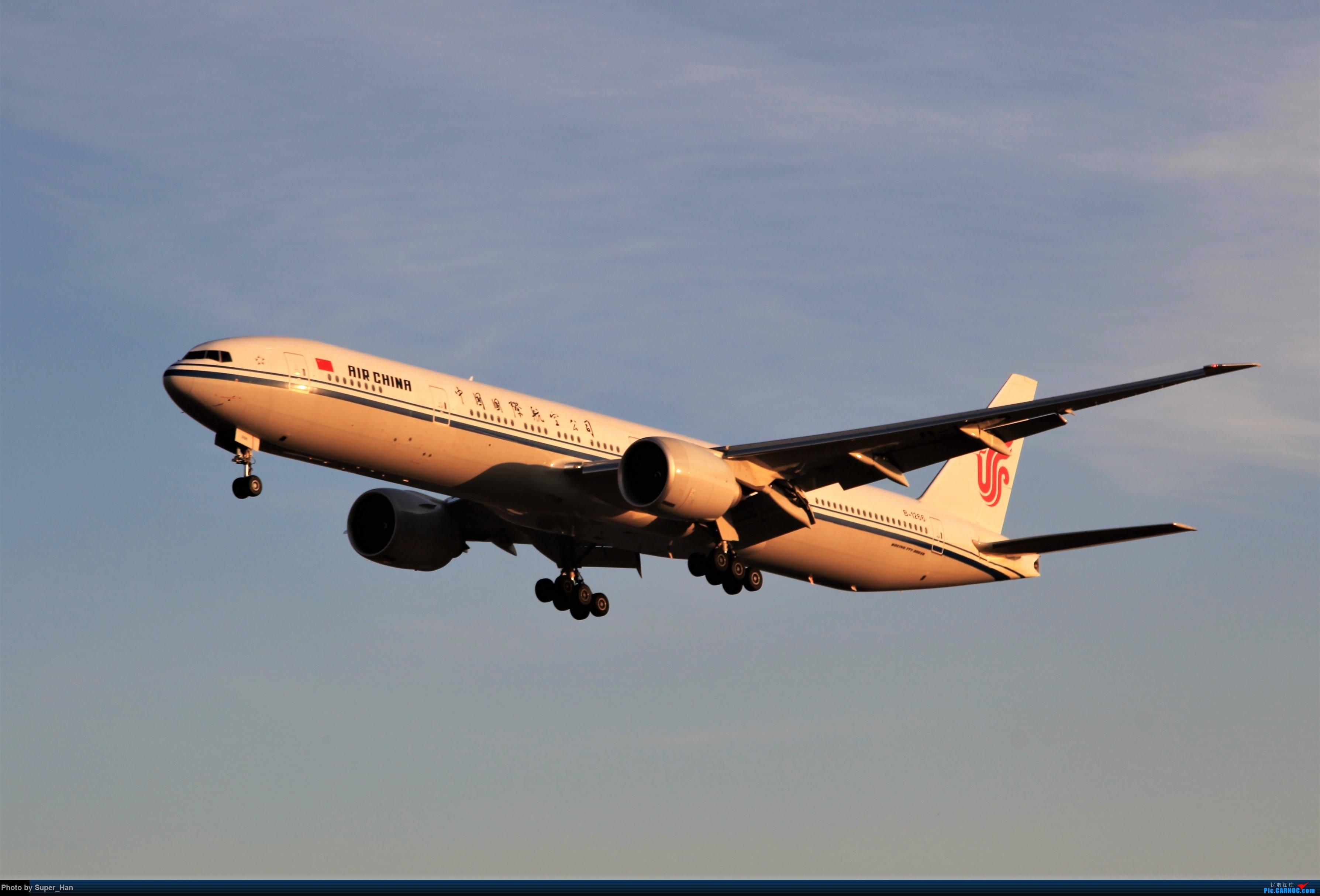 Re:[原创]1月17日PEK BOEING 777-300ER B-1266 中国北京首都国际机场