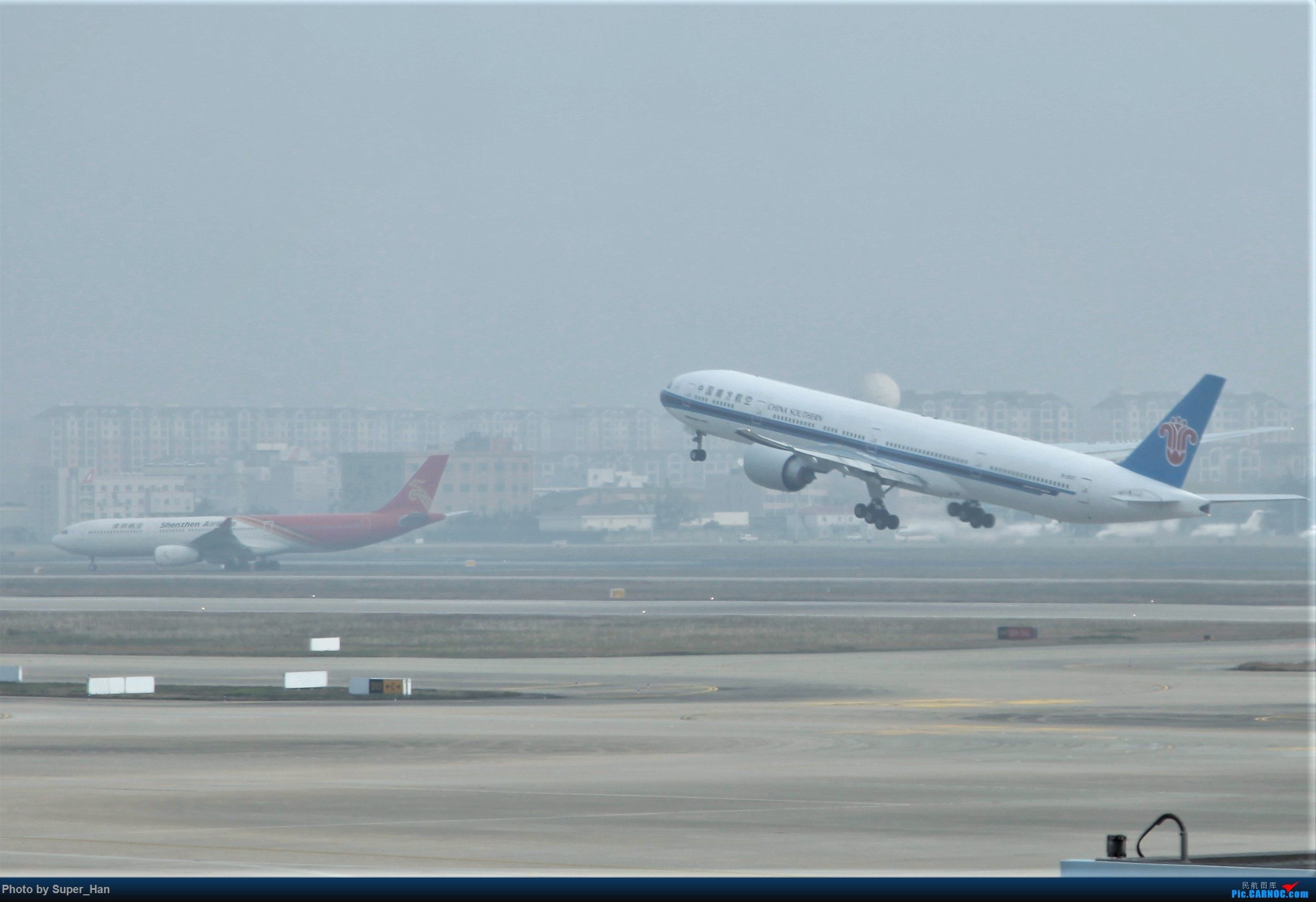 Re:[原创]2019虹桥出发飞北京第一拍 BOEING 777-300ER B-2007 中国上海虹桥国际机场