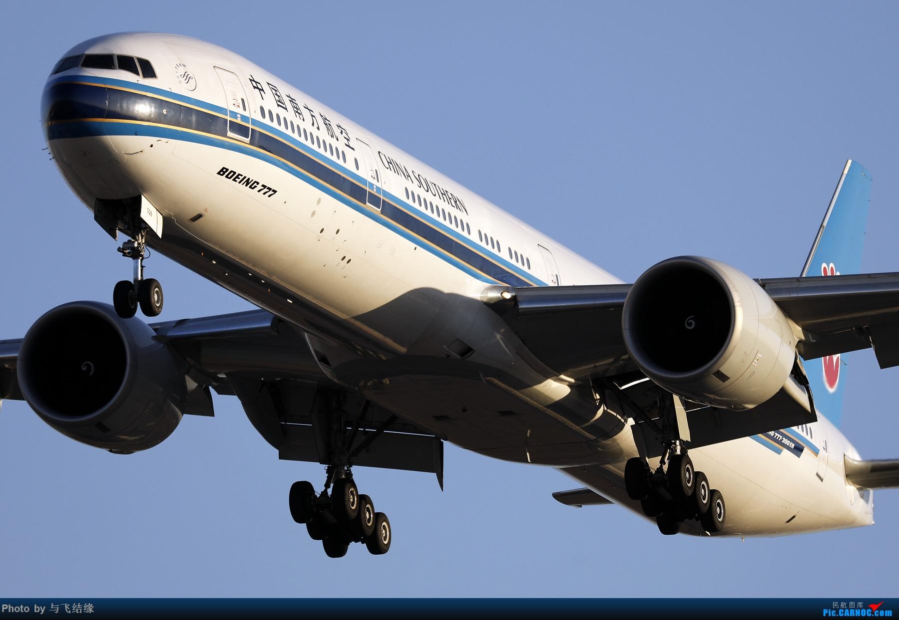 """Re:[原创]农历三十再发一贴,祝朋友们新年""""猪""""事顺利,吉祥如意! BOEING 777-300ER B-2029 中国北京首都国际机场"""