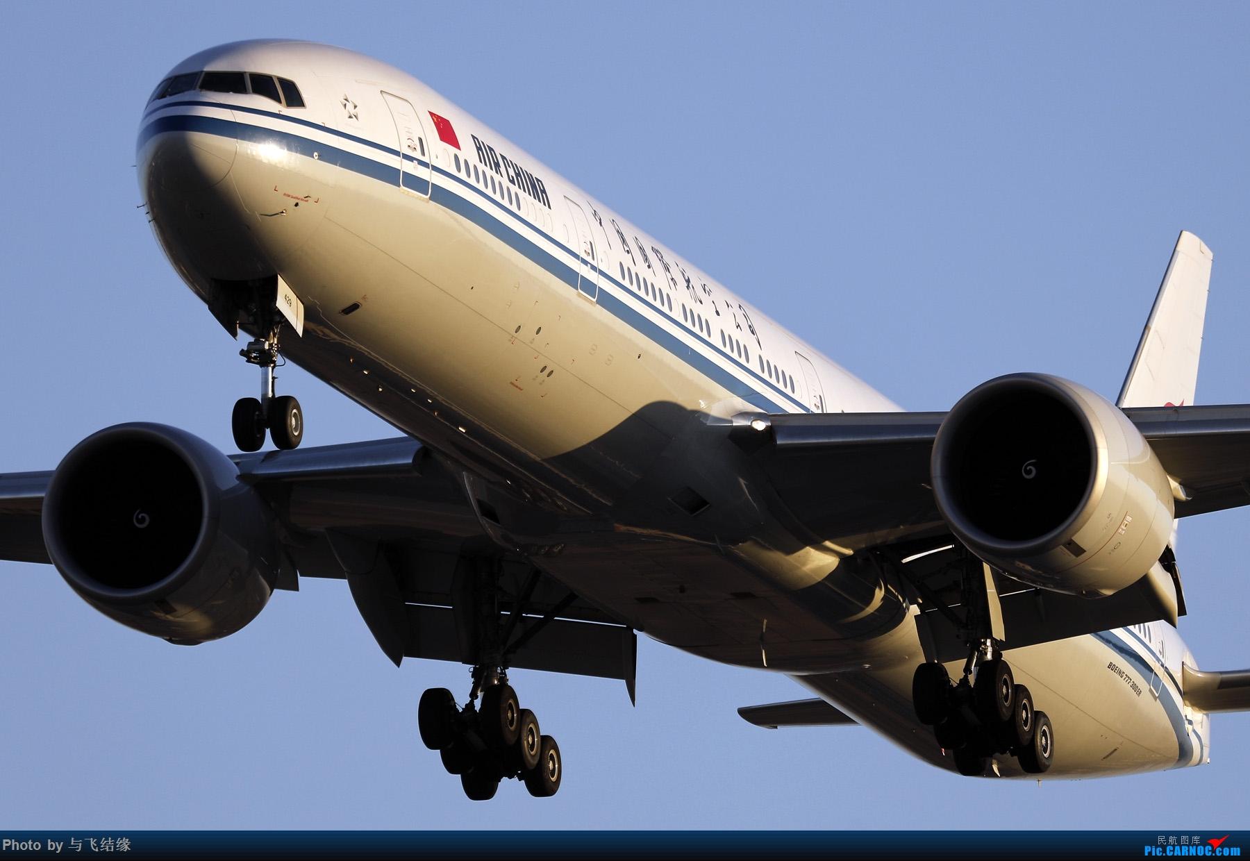 """Re:[原创]农历三十再发一贴,祝朋友们新年""""猪""""事顺利,吉祥如意! BOEING 777-300ER B-1429 中国北京首都国际机场"""